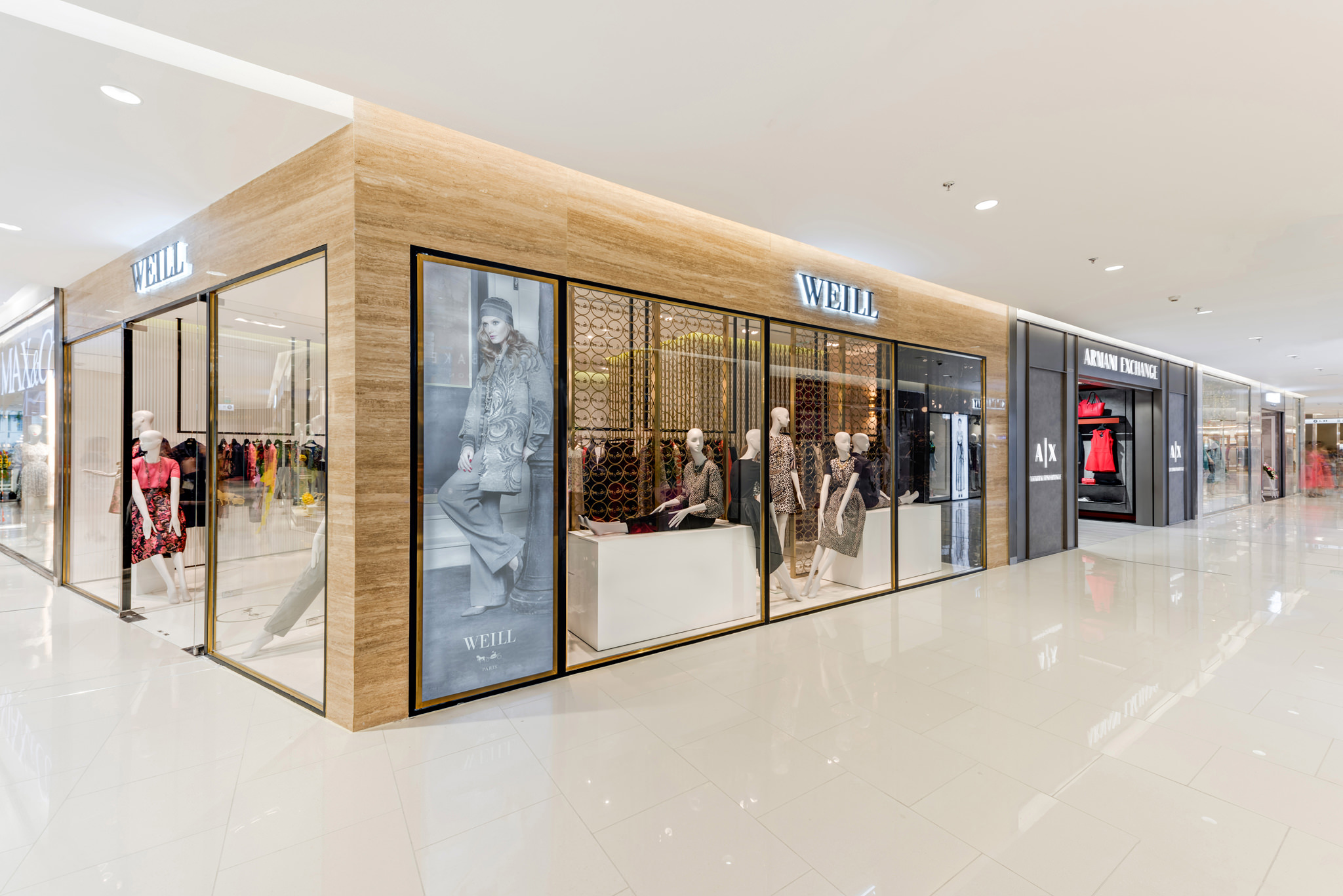 20160801 - Weill - HCM - Commercial - Interior - Store - Retouch 0001.jpg
