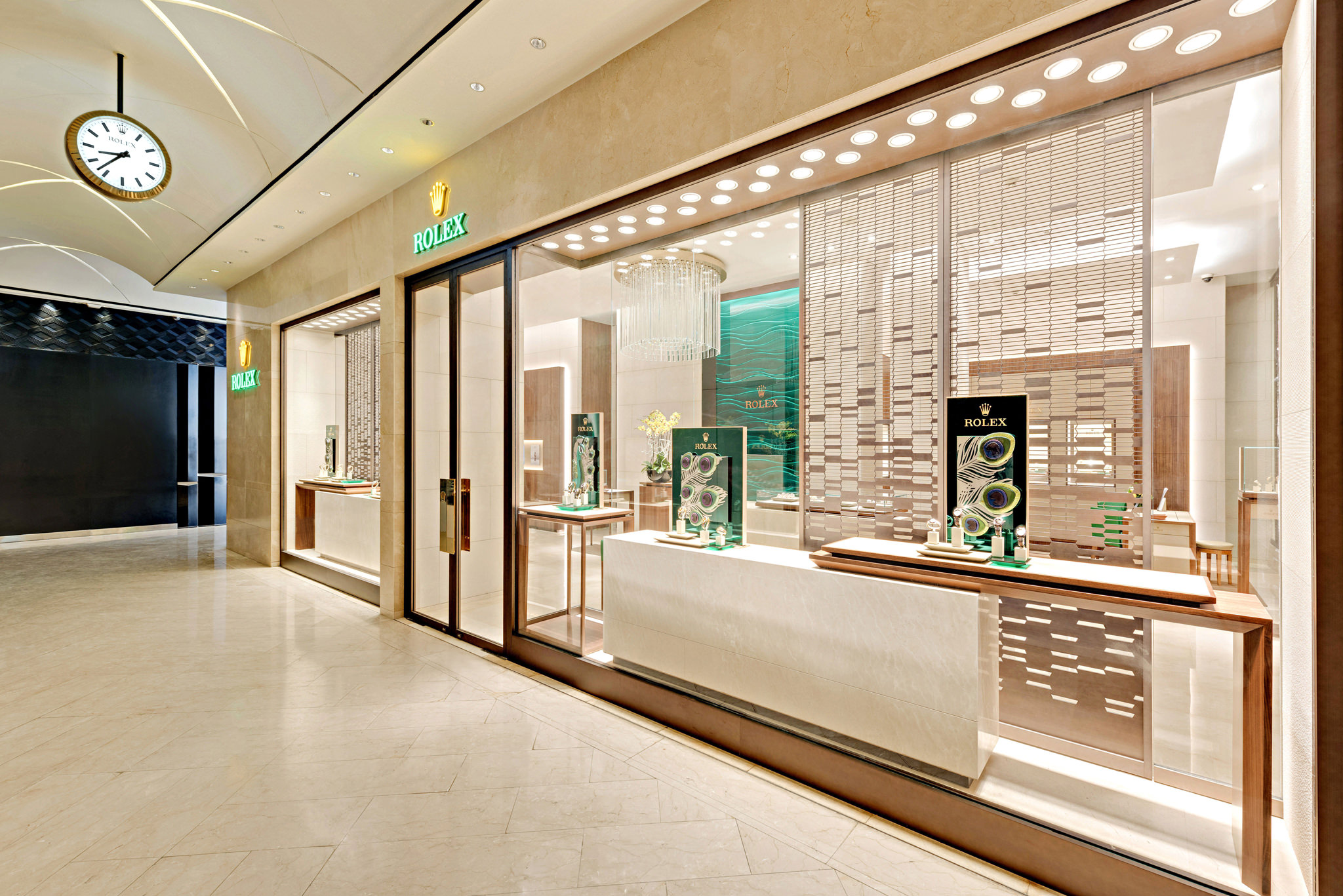 20161224 - Rolex - HCM - Commercial - Interior - Store - Retouch 0002.jpg