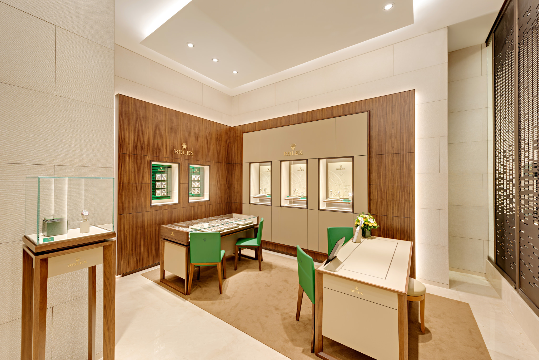 20161224 - Rolex - HCM - Commercial - Interior - Store - Retouch 0008.jpg