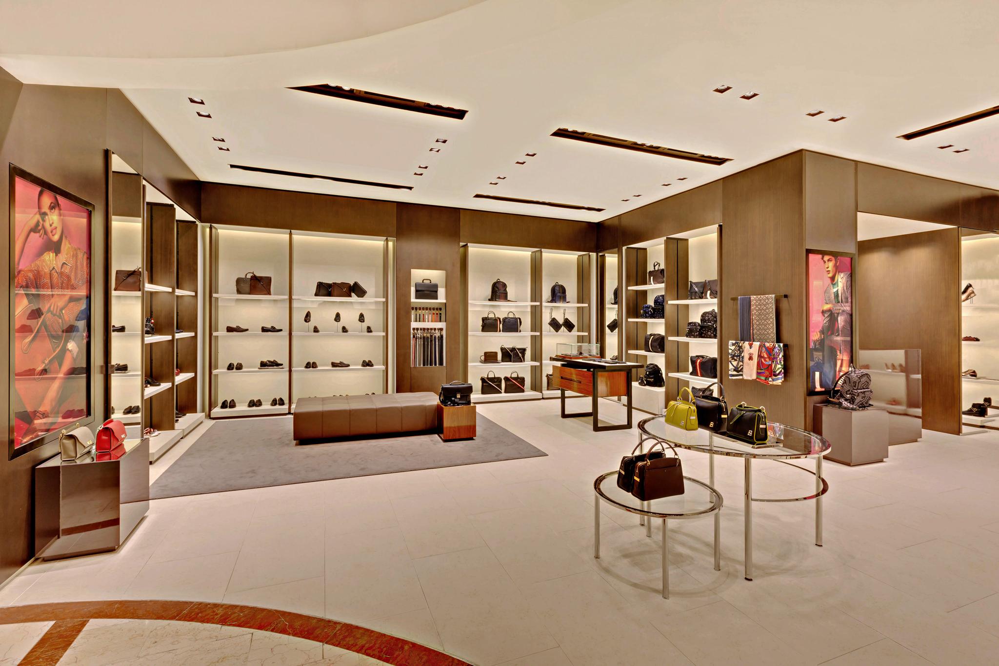 20170721 - Bally - HCM - Commercial - Interior - Store - Retouch 0003.jpg