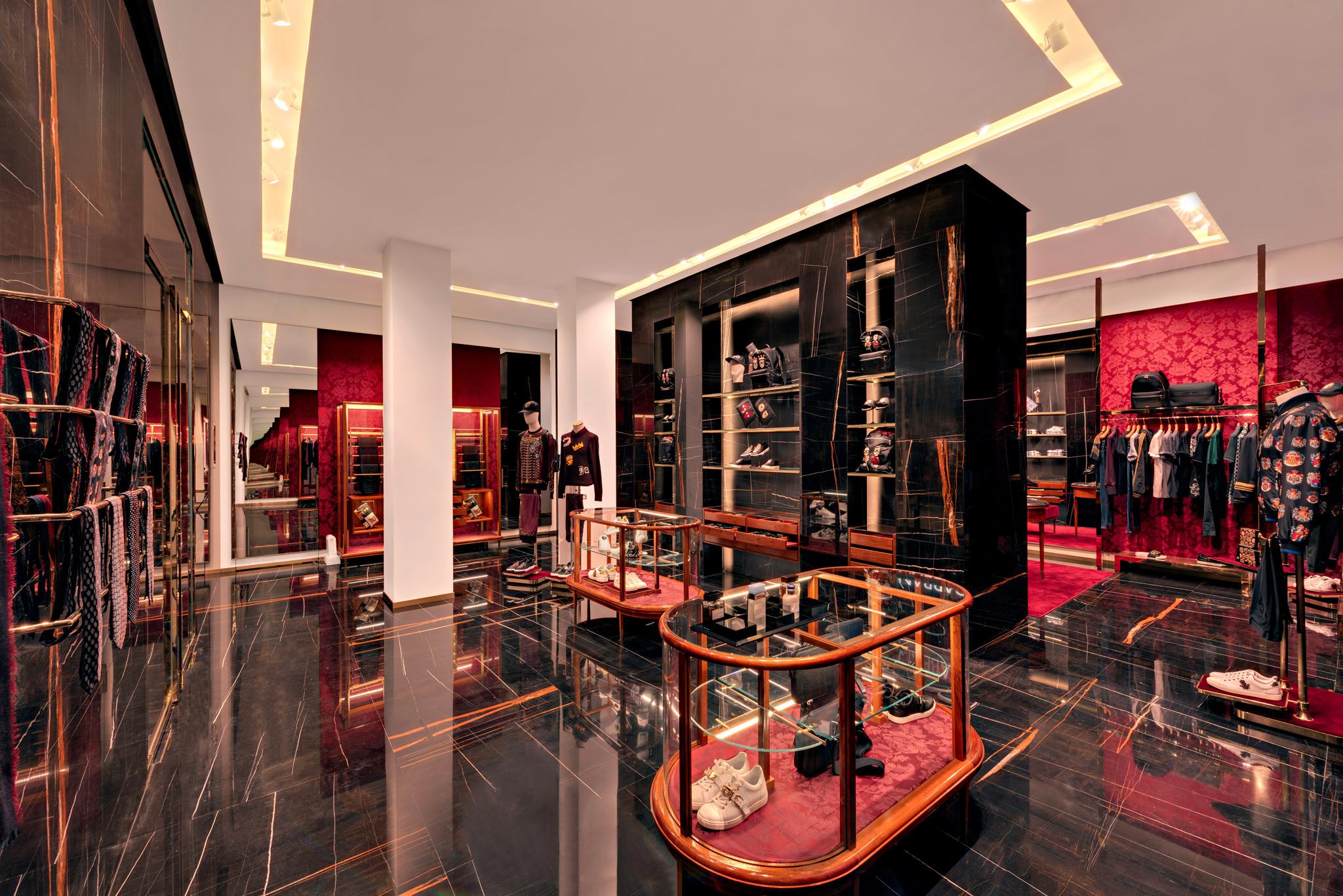 20171011 - Dolce & Gabbana - HCM - Commercial - Interior - Store - Retouch 0001.jpg