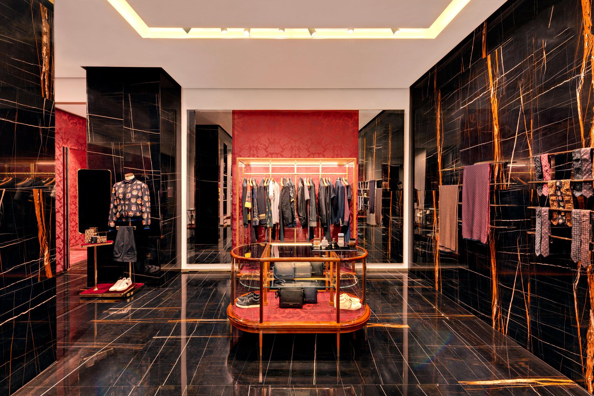 20171011 - Dolce & Gabbana - HCM - Commercial - Interior - Store - Retouch 0046.jpg