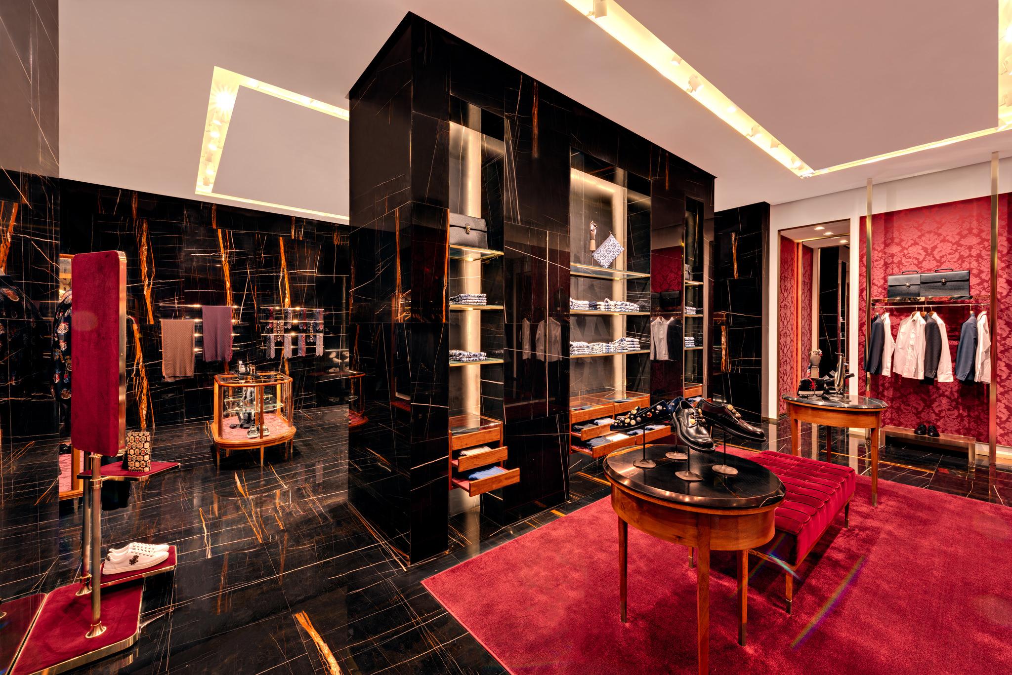 20171011 - Dolce & Gabbana - HCM - Commercial - Interior - Store - Retouch 0091.jpg