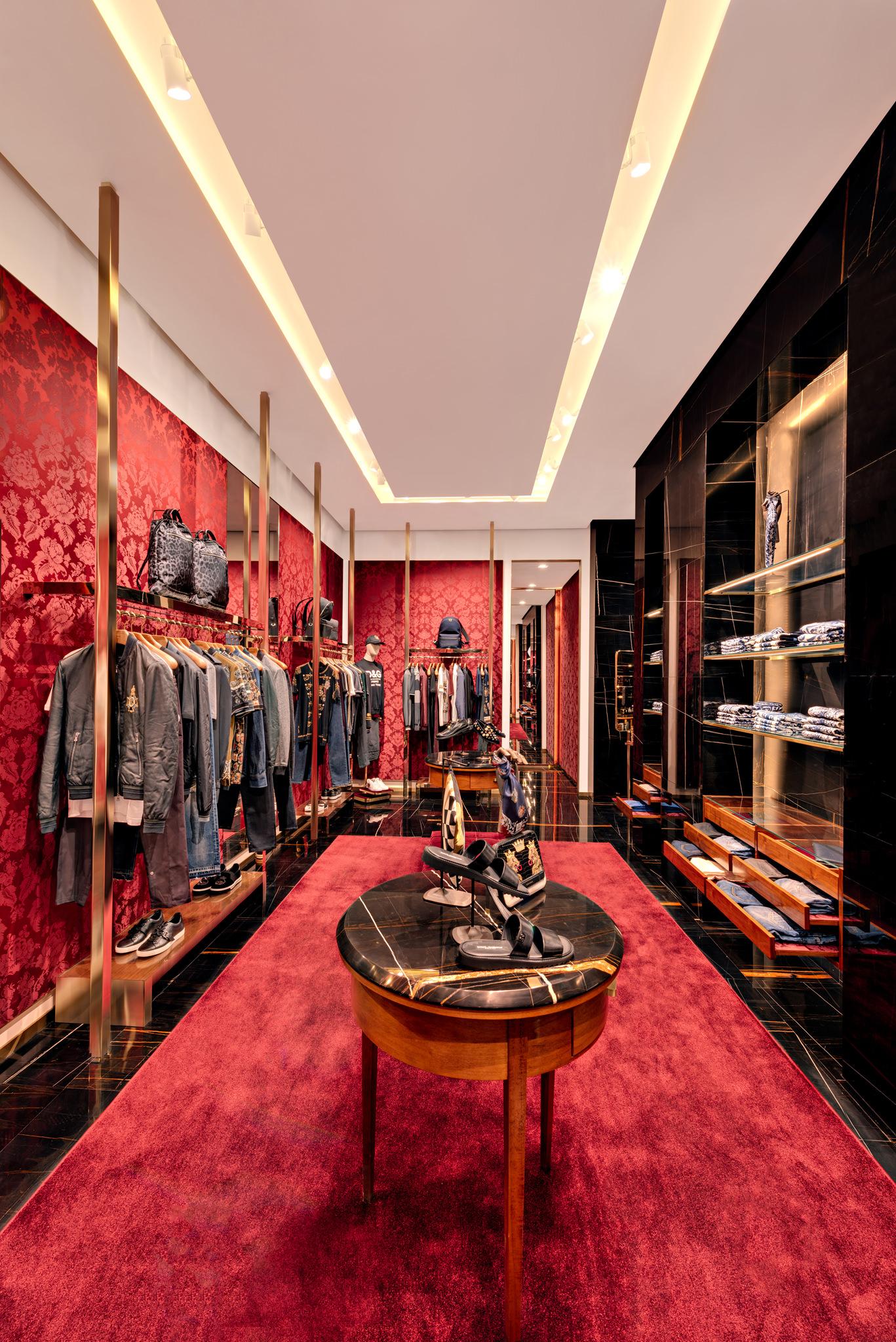 20171011 - Dolce & Gabbana - HCM - Commercial - Interior - Store - Retouch 0172.jpg
