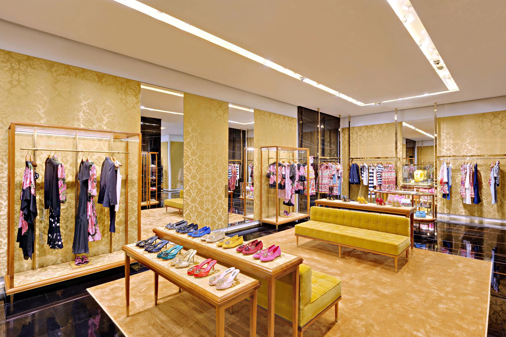 20170519 - Dolce & Gabbana - HCM - Commercial - Interior - Store - Retouch 0002.jpg