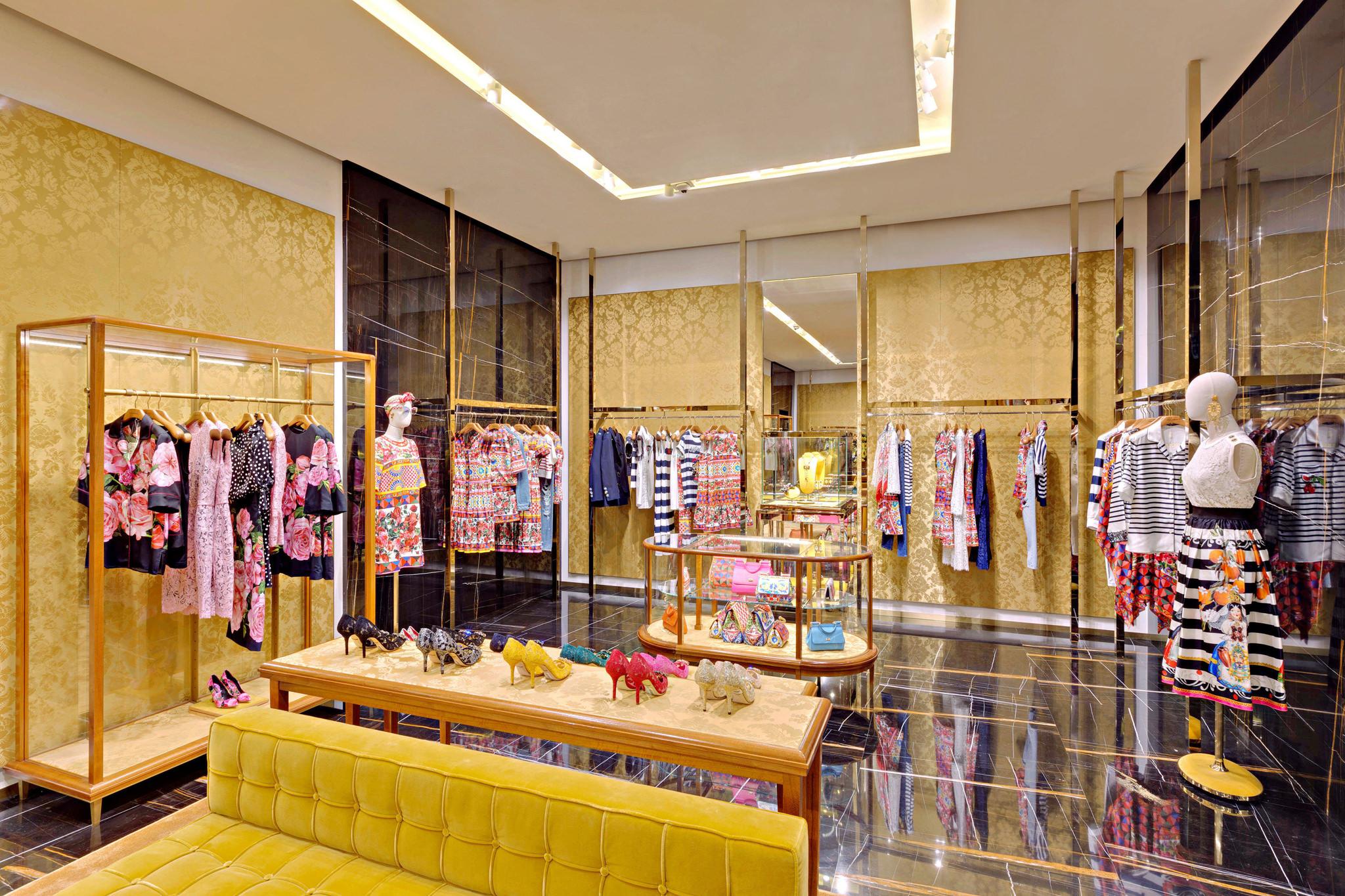 20170519 - Dolce & Gabbana - HCM - Commercial - Interior - Store - Retouch 0003.jpg