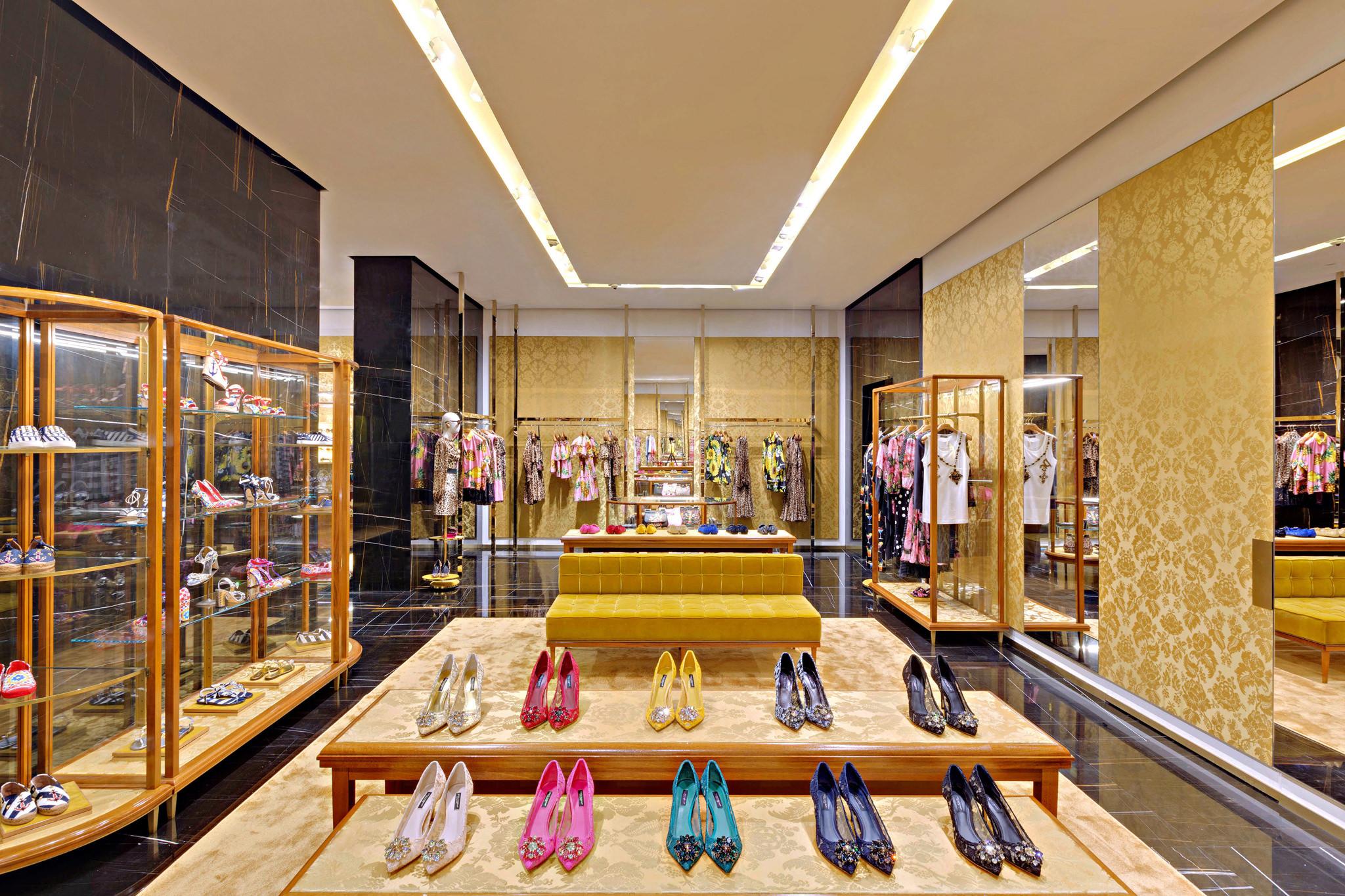 20170519 - Dolce & Gabbana - HCM - Commercial - Interior - Store - Retouch 0004.jpg