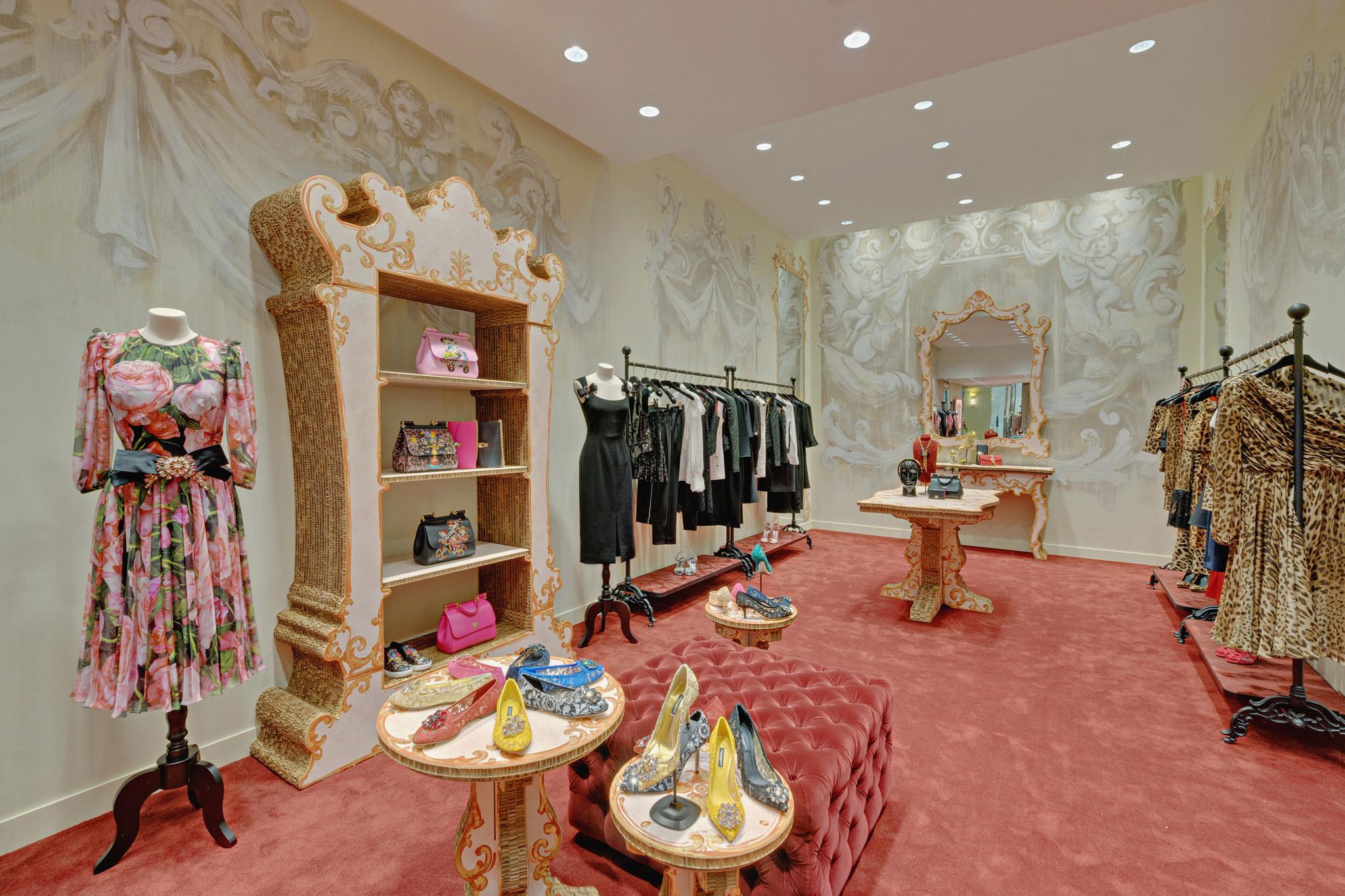 20170123 - Dolce & Gabbana - HCM - Commercial - Interior - Store - Retouch 0003.jpg