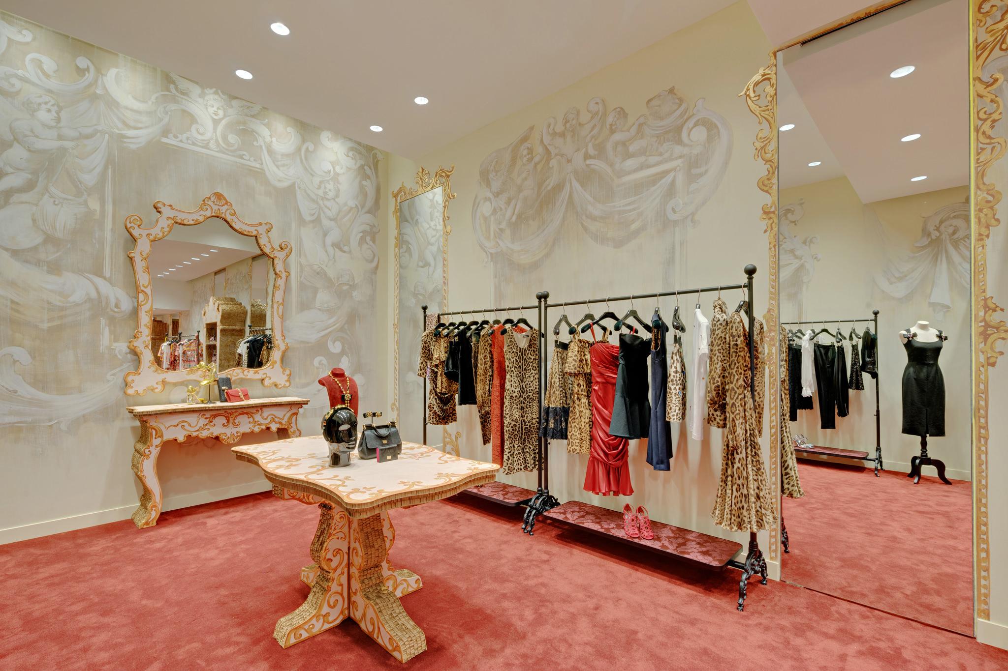 20170123 - Dolce & Gabbana - HCM - Commercial - Interior - Store - Retouch 0005.jpg