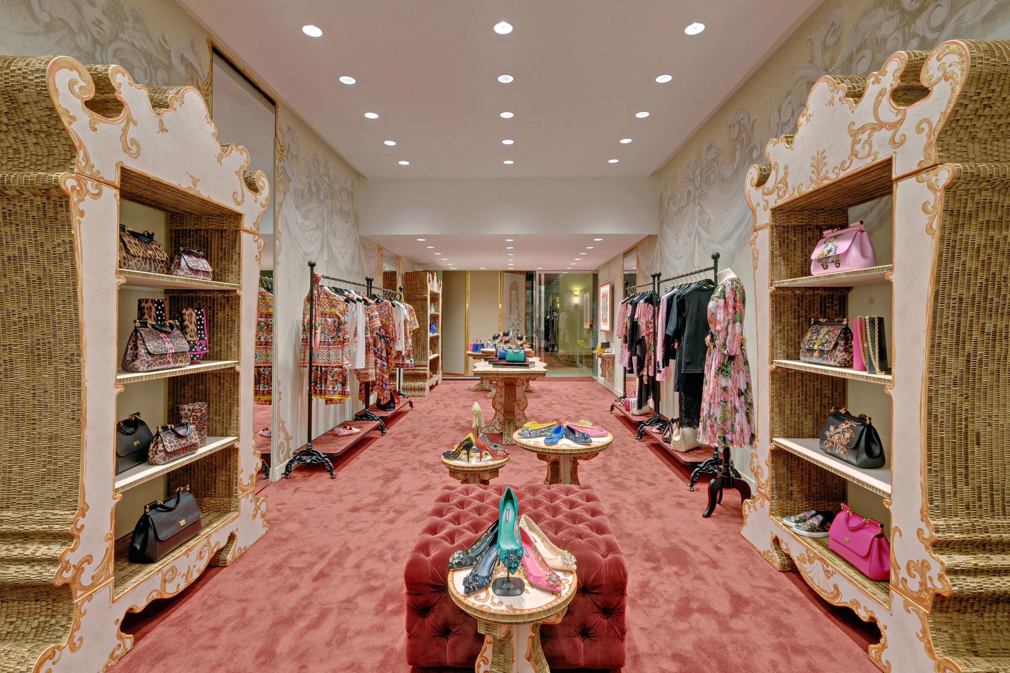 20170123 - Dolce & Gabbana - HCM - Commercial - Interior - Store - Retouch 0006.jpg
