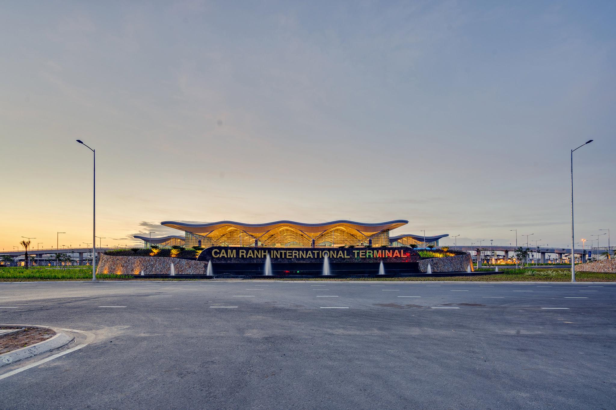 20180626 - Cam Ranh Airport - Architecture - 0003.jpg