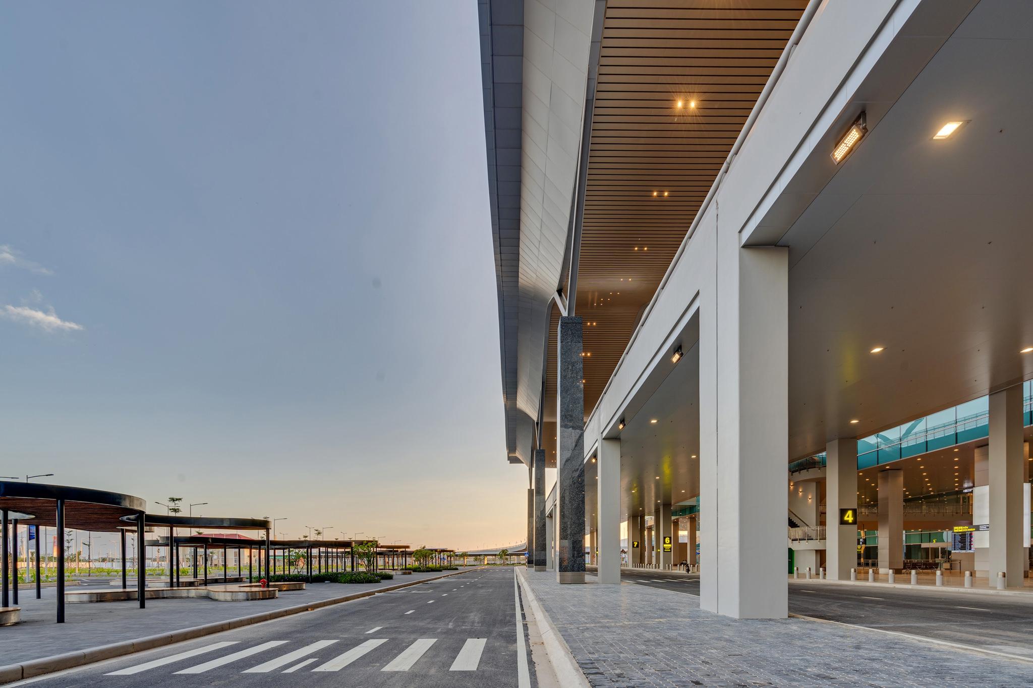 20180626 - Cam Ranh Airport - Architecture - 0032.jpg
