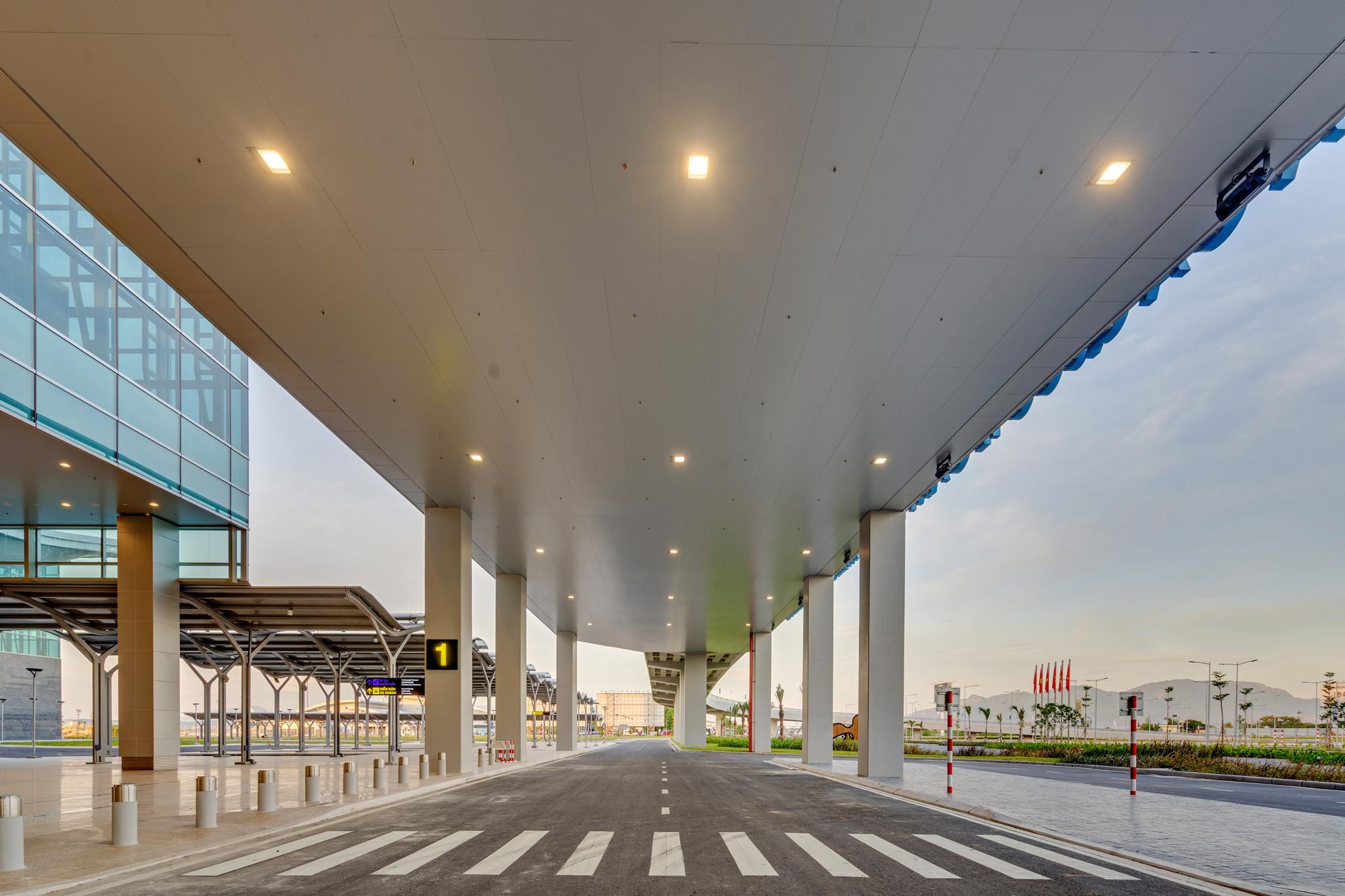 20180626 - Cam Ranh Airport - Architecture - 0034.jpg