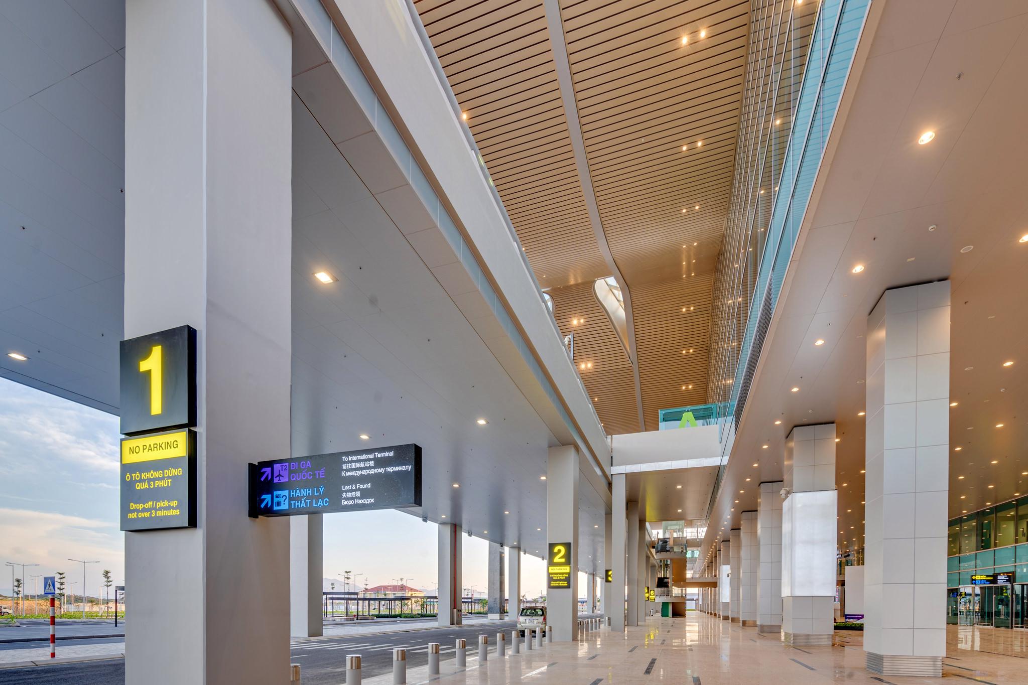 20180626 - Cam Ranh Airport - Architecture - 0037.jpg