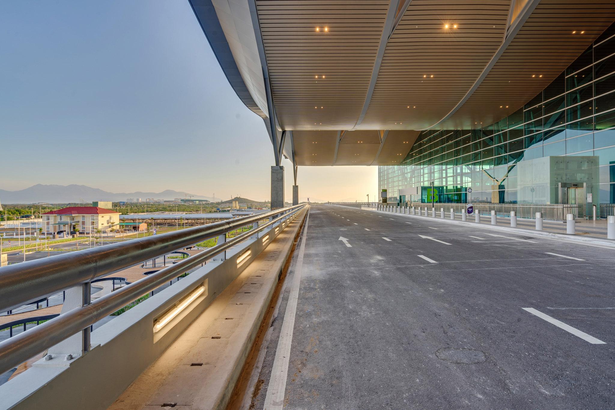 20180626 - Cam Ranh Airport - Architecture - 0061.jpg