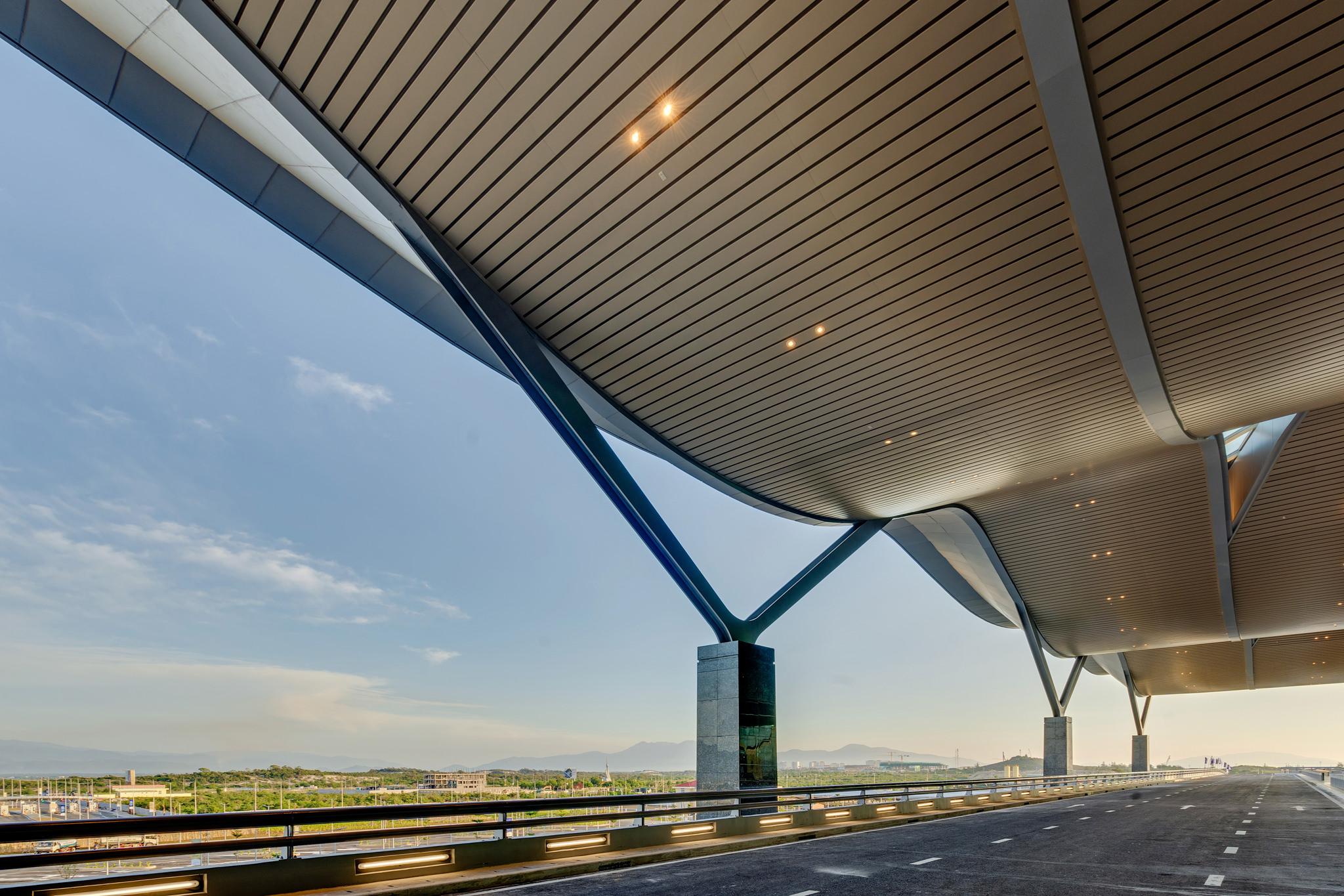 20180626 - Cam Ranh Airport - Architecture - 0064.jpg