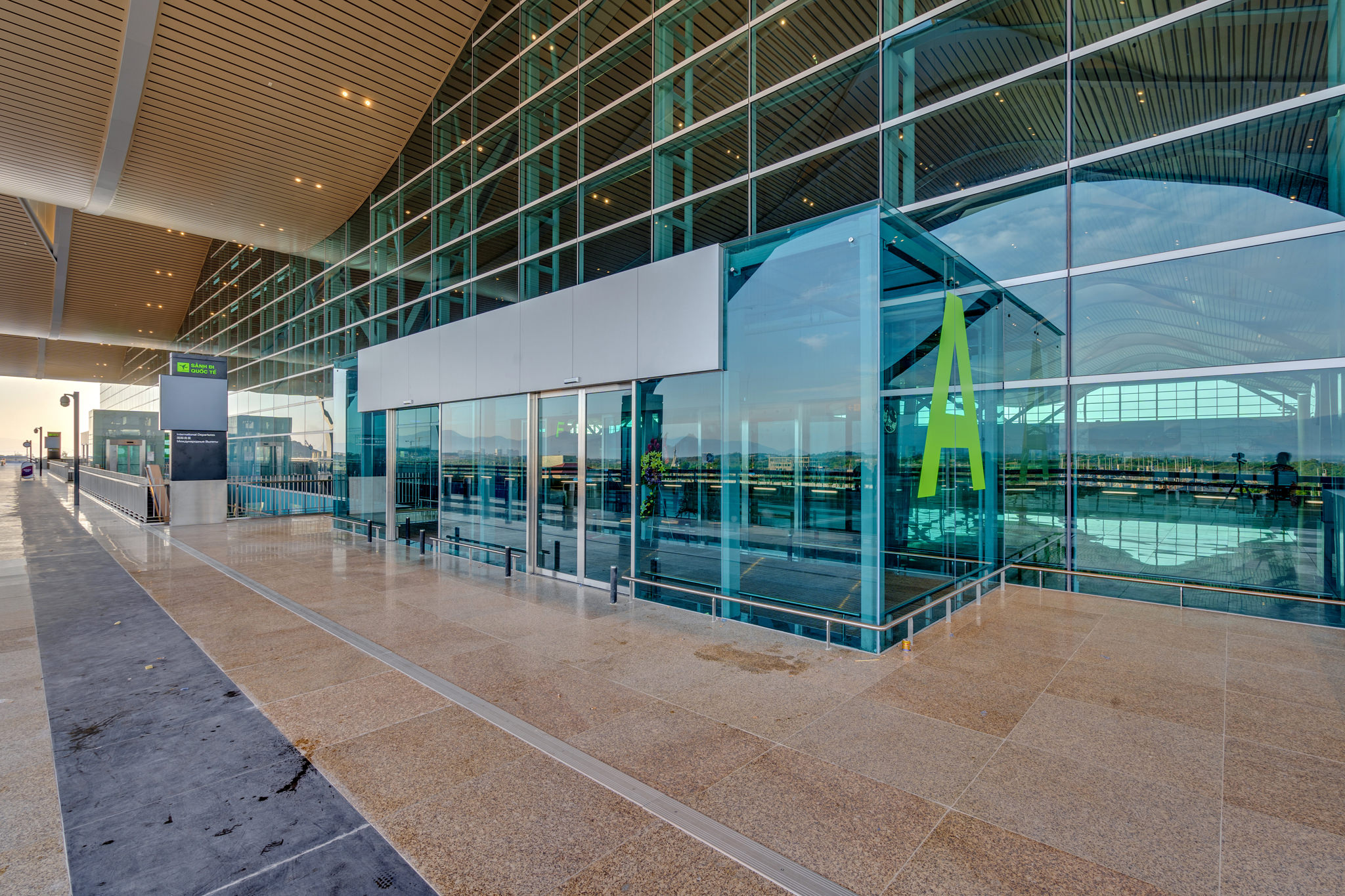 20180626 - Cam Ranh Airport - Architecture - 0068.jpg
