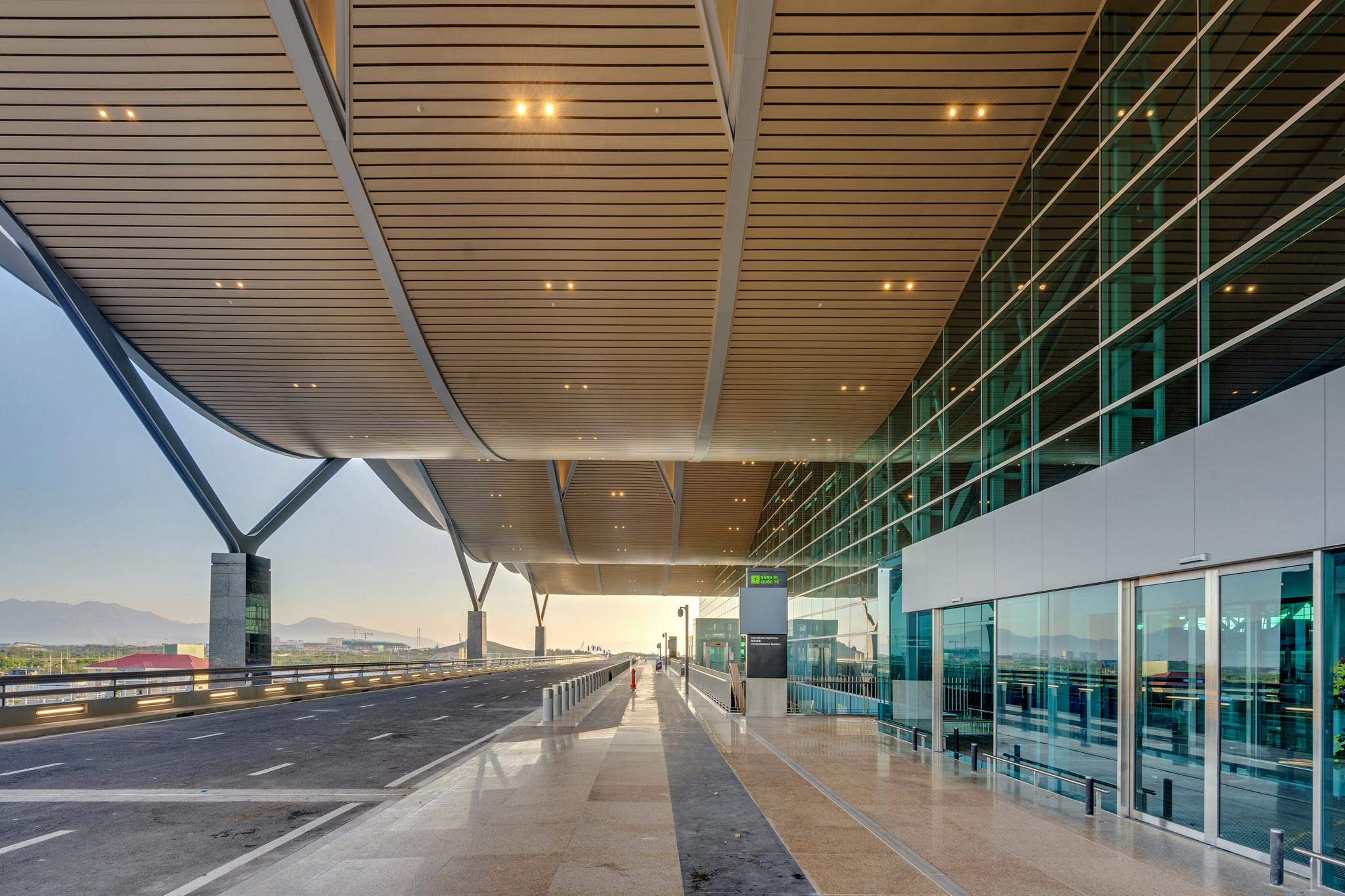 20180626 - Cam Ranh Airport - Architecture - 0071.jpg