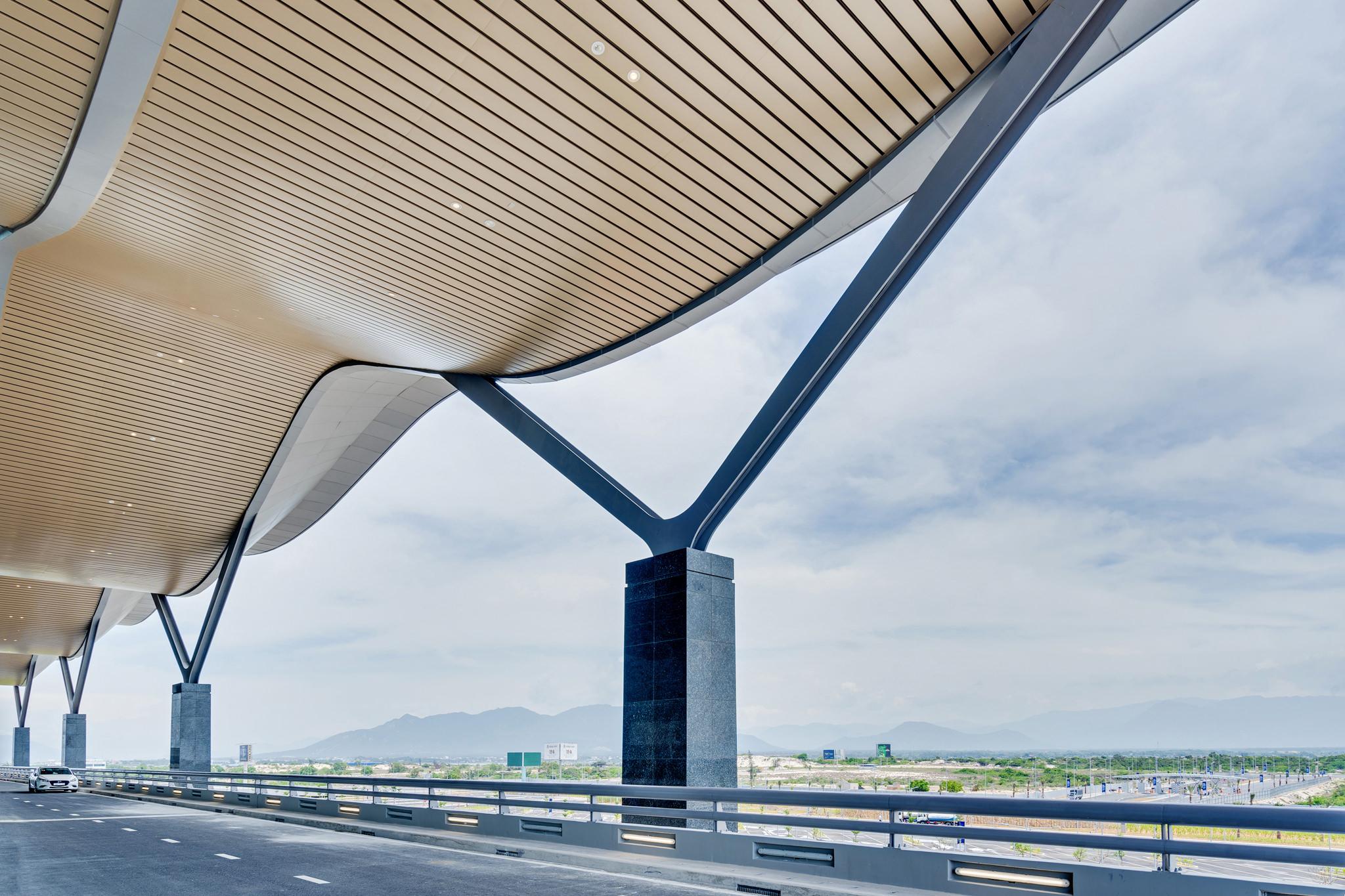 20180626 - Cam Ranh Airport - Architecture - 0299.jpg