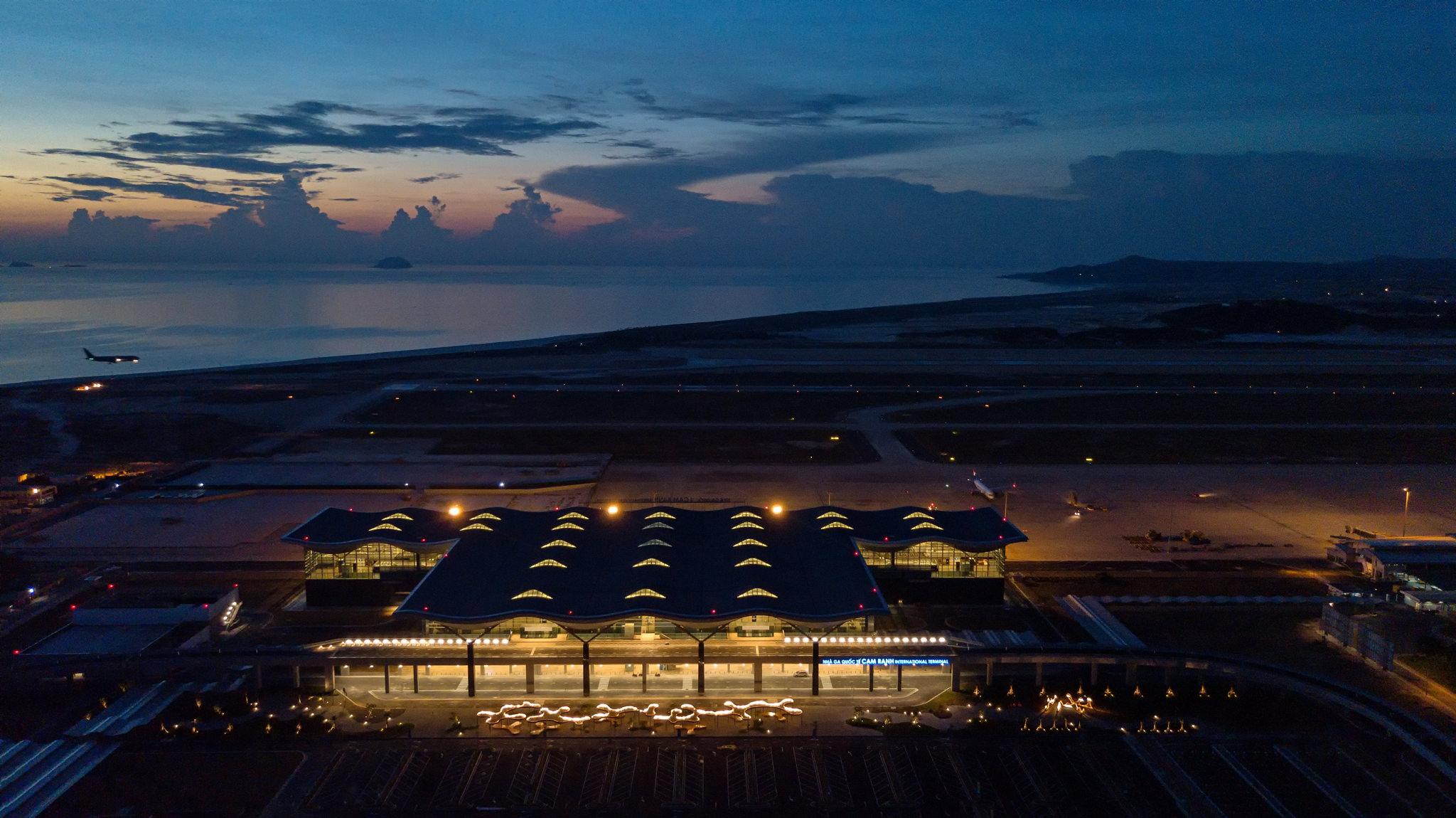 20180626 - Cam Ranh Airport - Architecture - Flycam - 0003.jpg