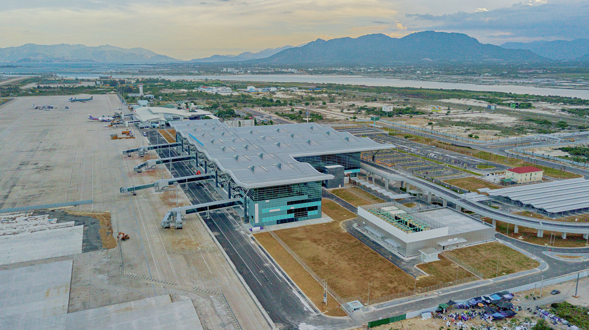 20180626 - Cam Ranh Airport - Architecture - Flycam - 0006.jpg