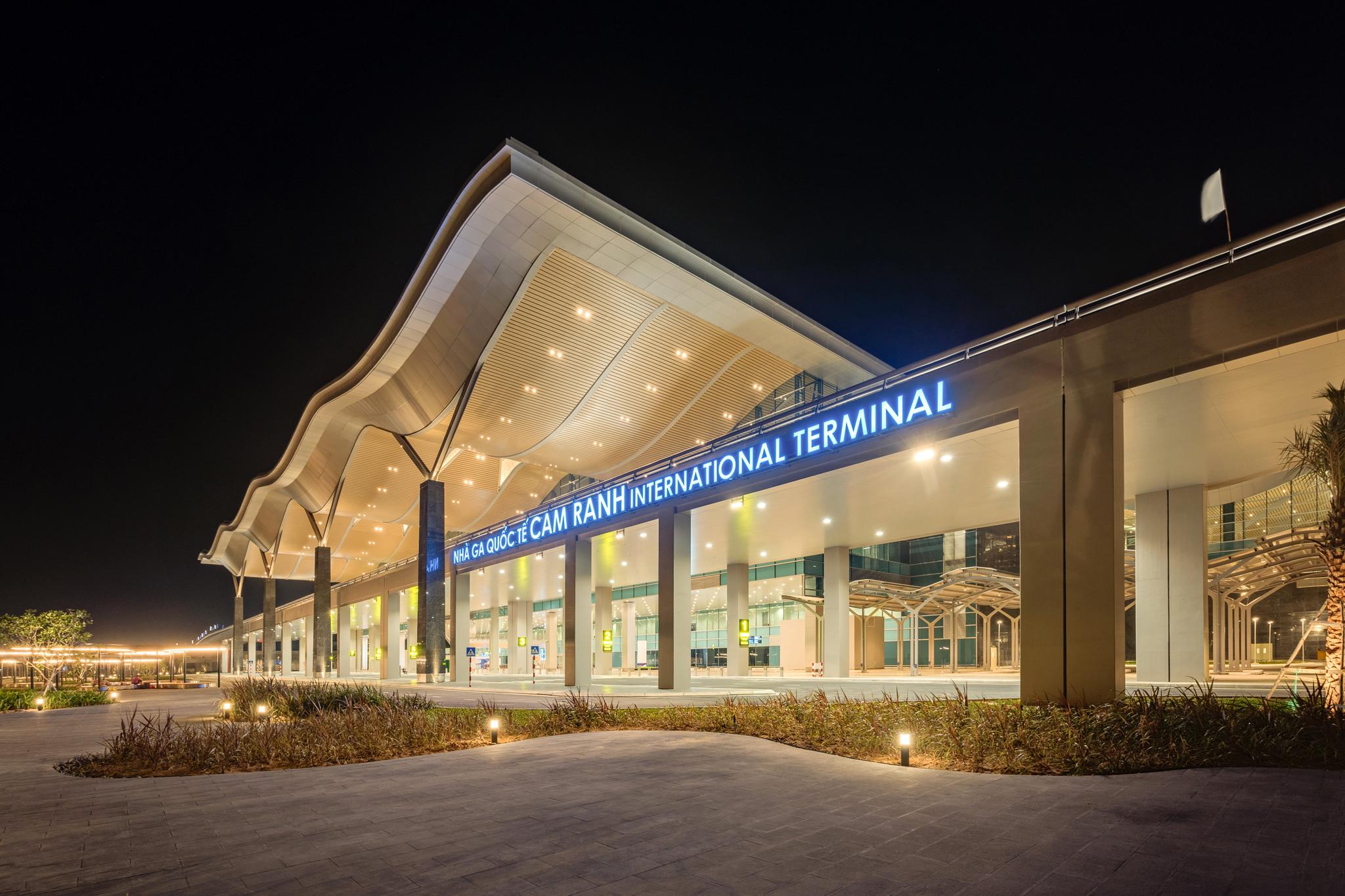 20180626 - Cam Ranh Airport - Architecture - 0407.jpg