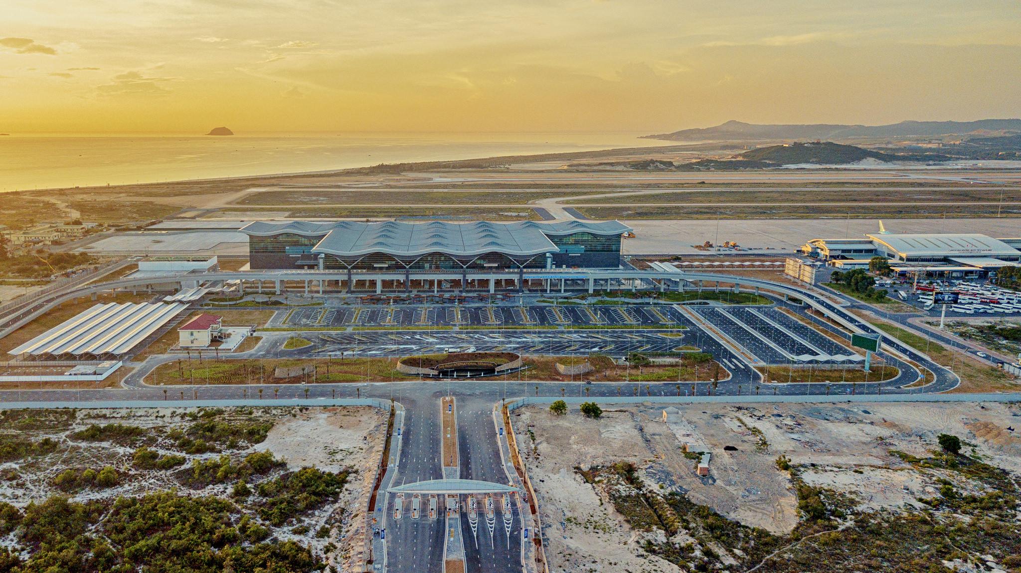 20180626 - Cam Ranh Airport - Architecture - Flycam - 0009.jpg