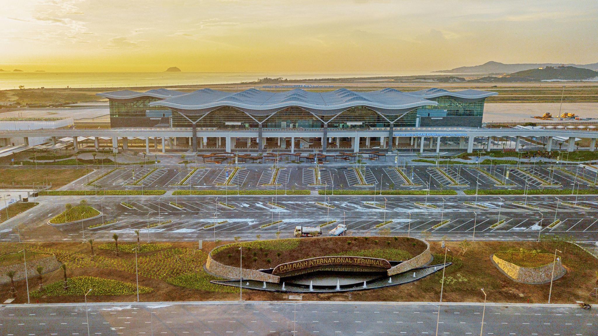 20180626 - Cam Ranh Airport - Architecture - Flycam - 0010.jpg