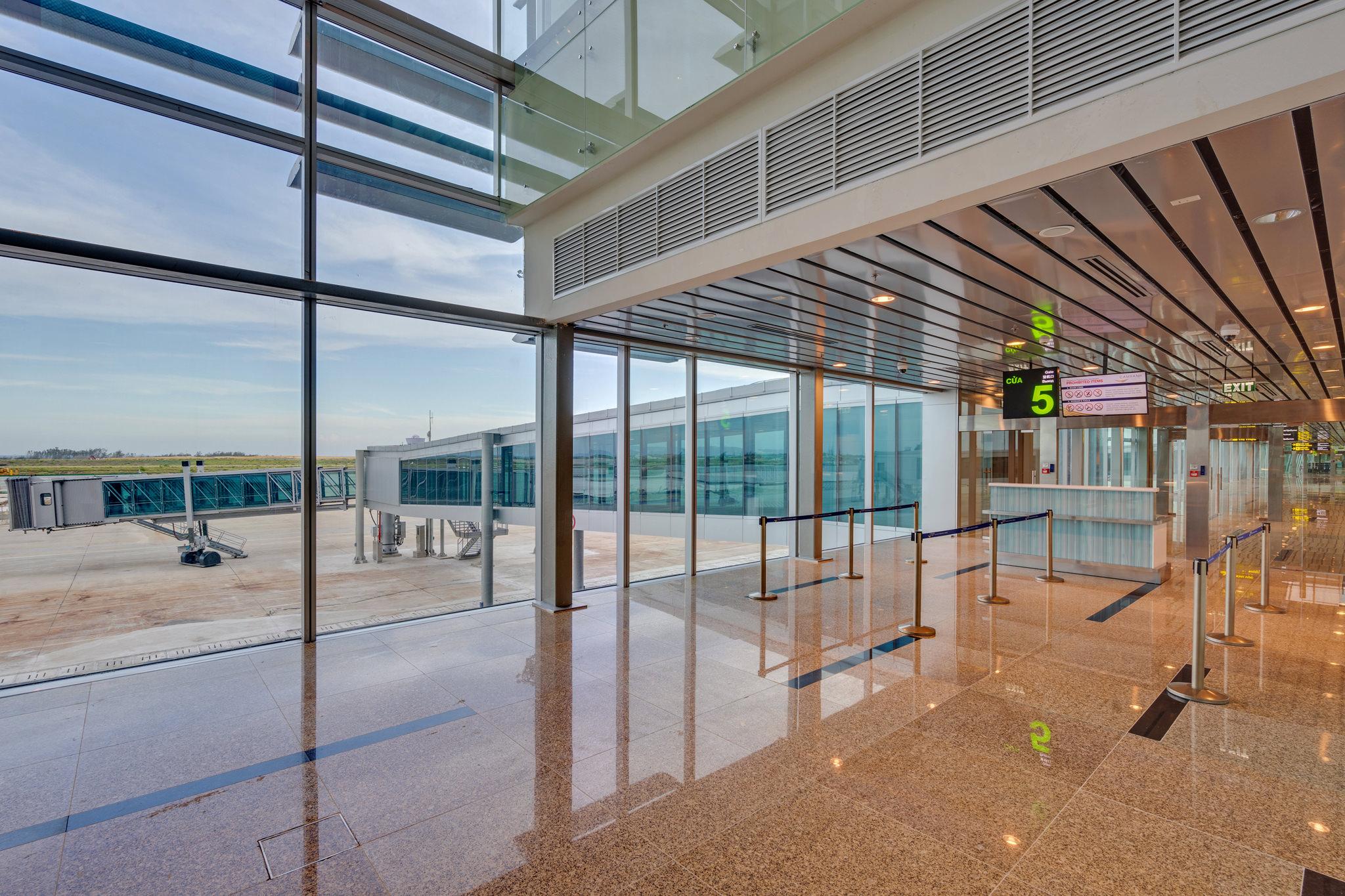 20180626 - Cam Ranh Airport - Architecture - 0352.jpg