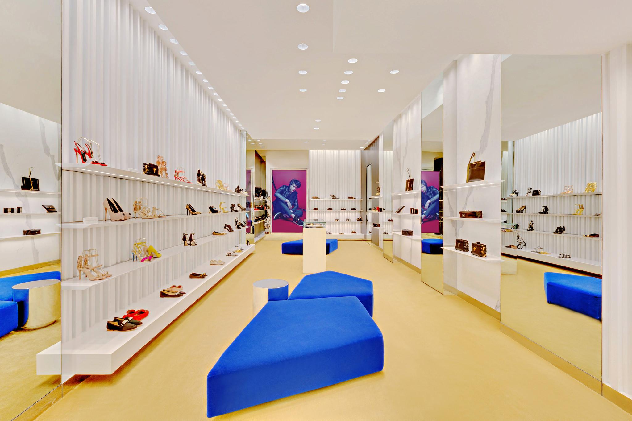 20170807 - Giuseppe Zanotti - HCM - Commercial - Interior - Store - Retouch 01.jpg