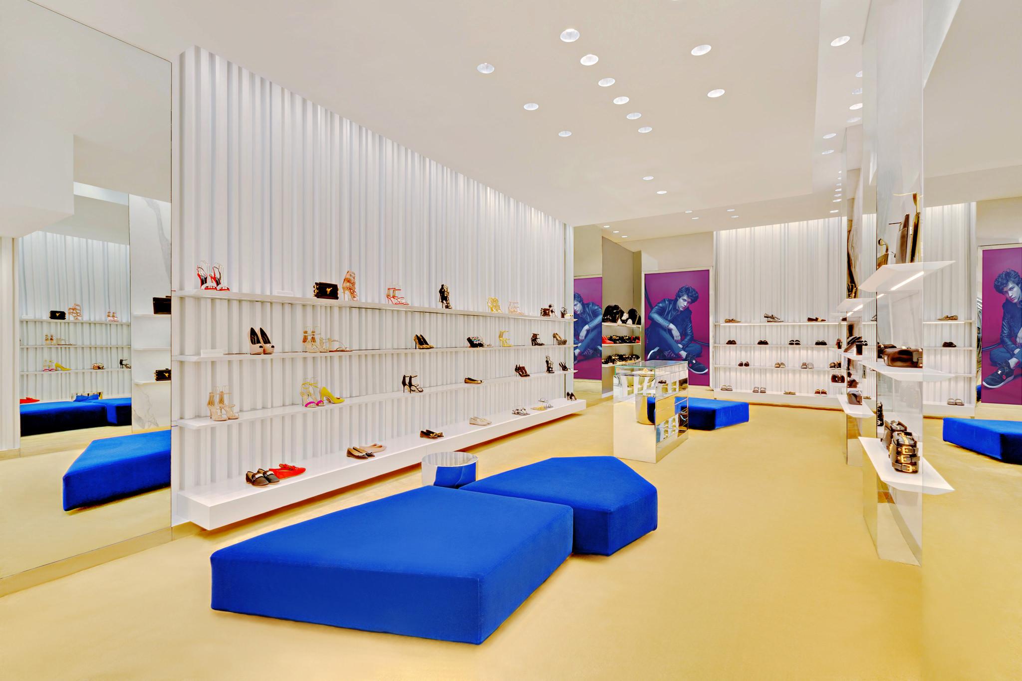 20170807 - Giuseppe Zanotti - HCM - Commercial - Interior - Store - Retouch 05.jpg