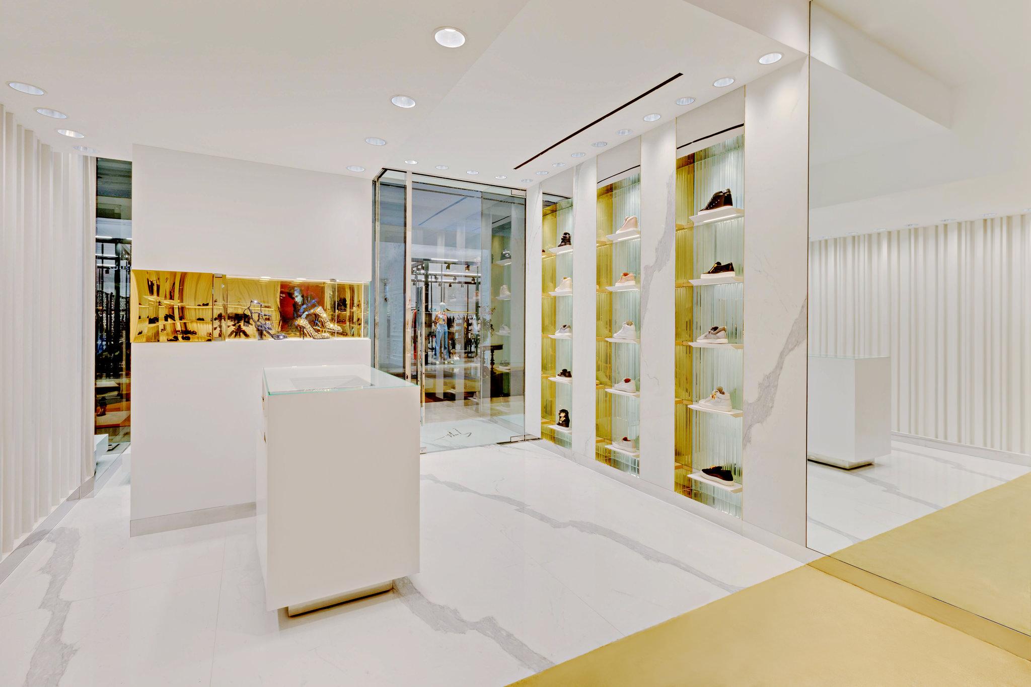20170807 - Giuseppe Zanotti - HCM - Commercial - Interior - Store - Retouch 16.jpg