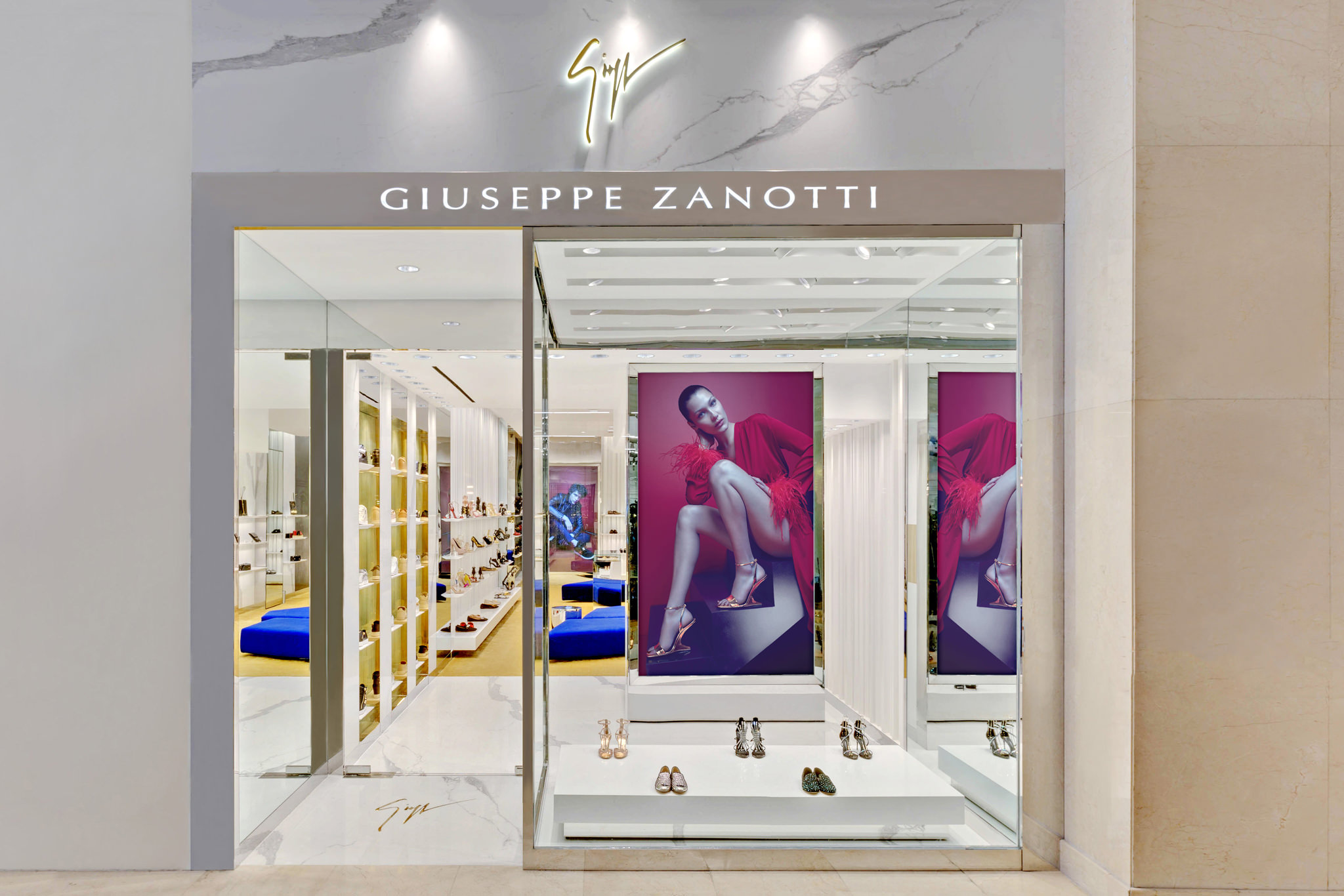20170807 - Giuseppe Zanotti - HCM - Commercial - Interior - Store - Retouch 20.jpg
