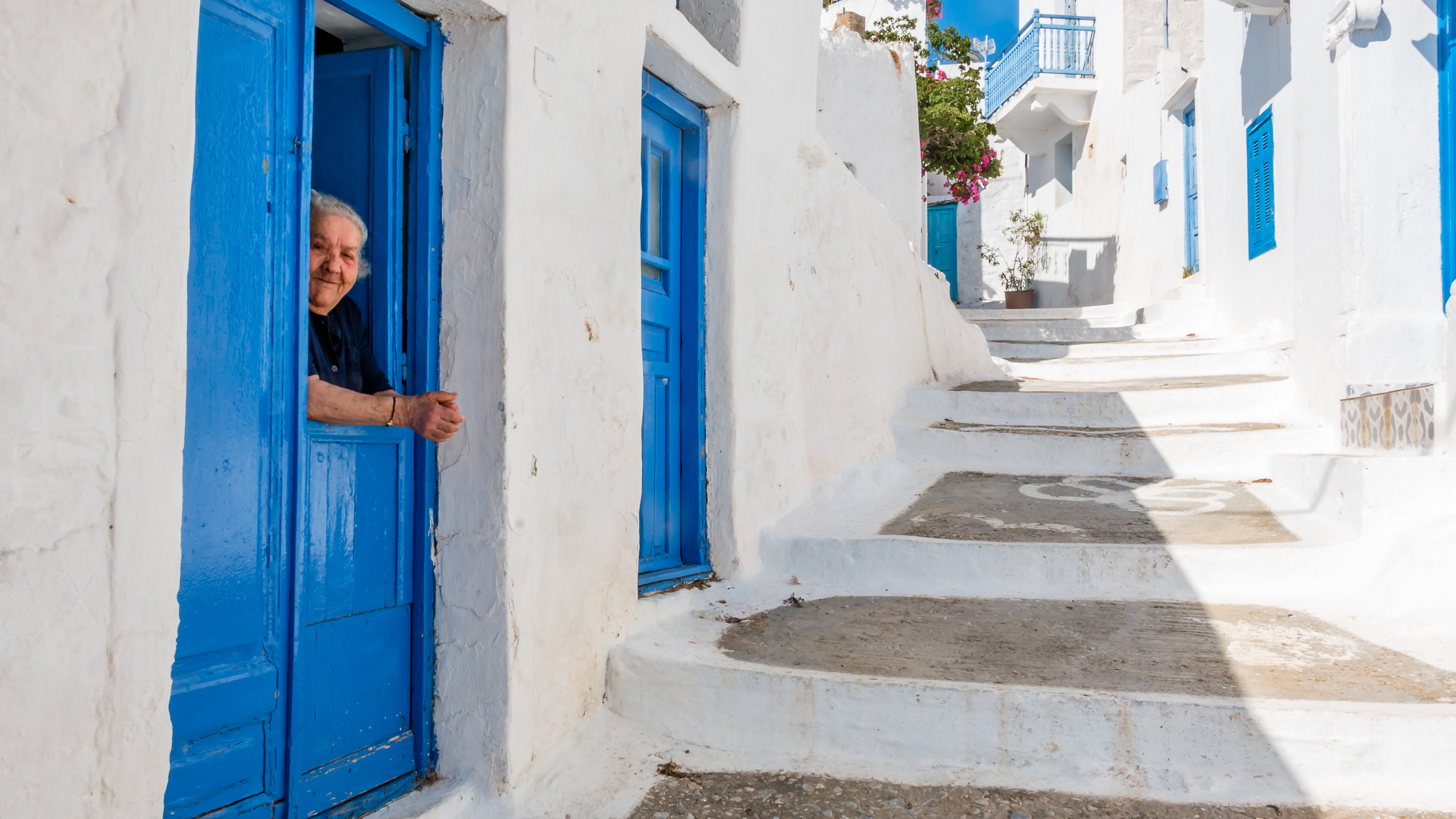 Old ways of gossiping in Amorgos