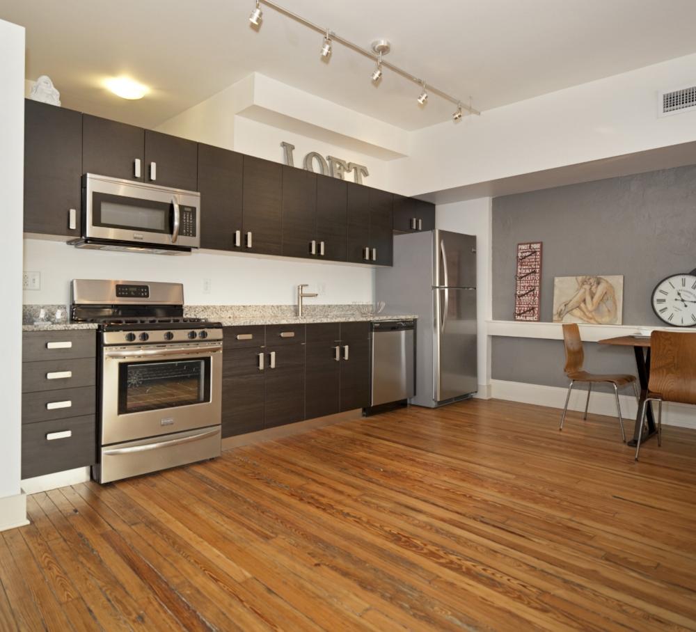 Triad-Apartment-01.jpg