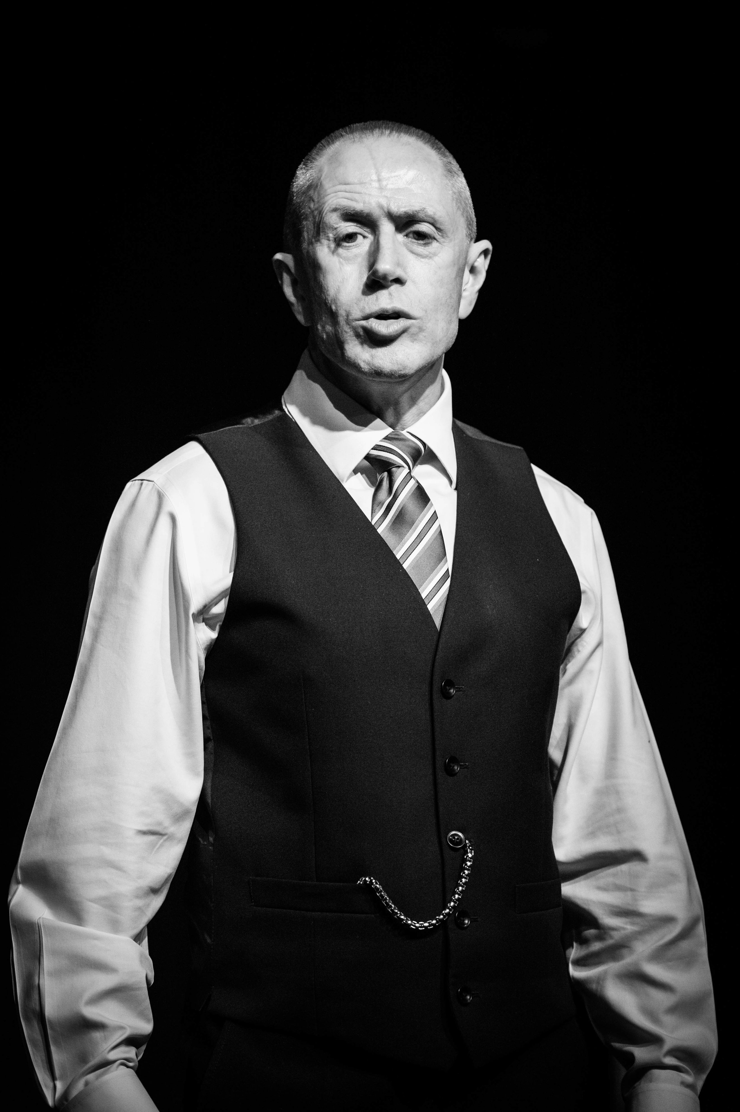 Bob on stage at The Case as Edgar Harris - © Andrew Smith