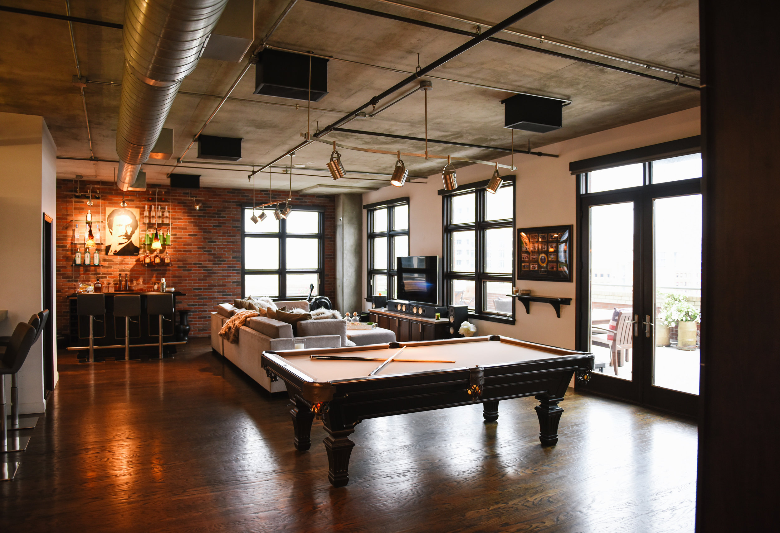 SOPHISTICATED LOFT VIEW