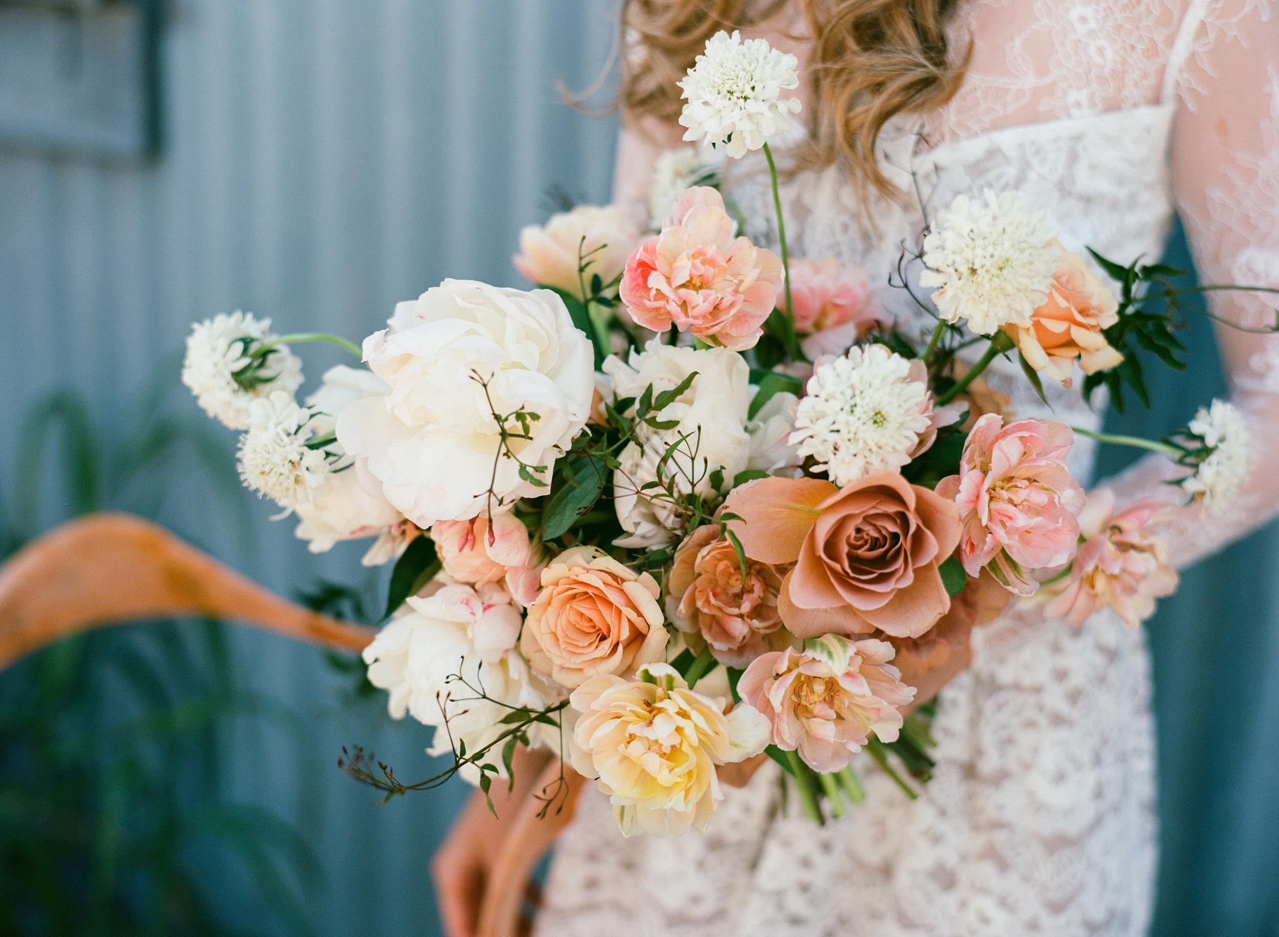 moonstruck_florals_tallahassee_wedding_florist_pink_bouquet.jpg