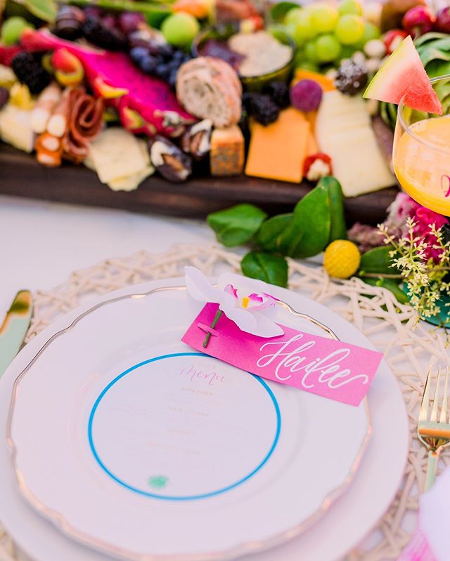 A little pop of color from this super fun and flirty bachelorette shoot with @gotyourbach.co to brighten your Tuesday that might feel like a Monday 🤷🏼‍♀️🎉💕 . . . . #styledweddingshoot #weddingphotography #jenkcalligraphy  #mykentuckybride  #weddinginvitations #cincinnati #weddingstationery #kentuckywedding #chicagowedding #ohiowedding #moderncalligraphy #engaged #weddingideas #weddinginspiration #calligraphy #theeverygirl #southernwedding #carolinawedding #weddingdetails #weddingcalligraphy #envelopecalligraphy #loveintentionally #texaswedding #fineartwedding #weddingplanning #pursuepretty #bridetrends #huffpostweddings #southernblogger #bridetobe