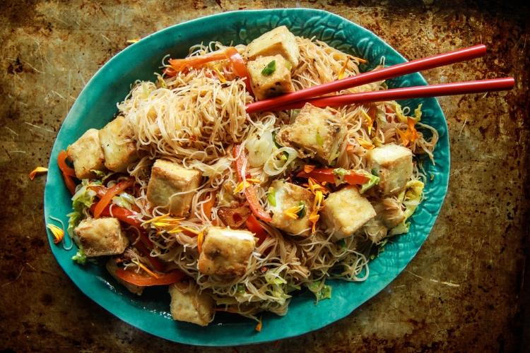 tofu noodle stir fry.jpg