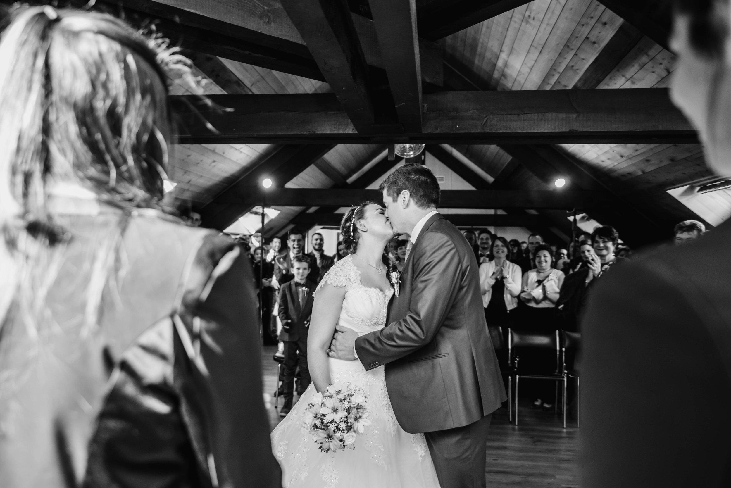 Léa-Fery-photographe-professionnel-lyon-rhone-alpes-portrait-mariage-couple-amour-lovesession-engagement-elopment-2227.jpg