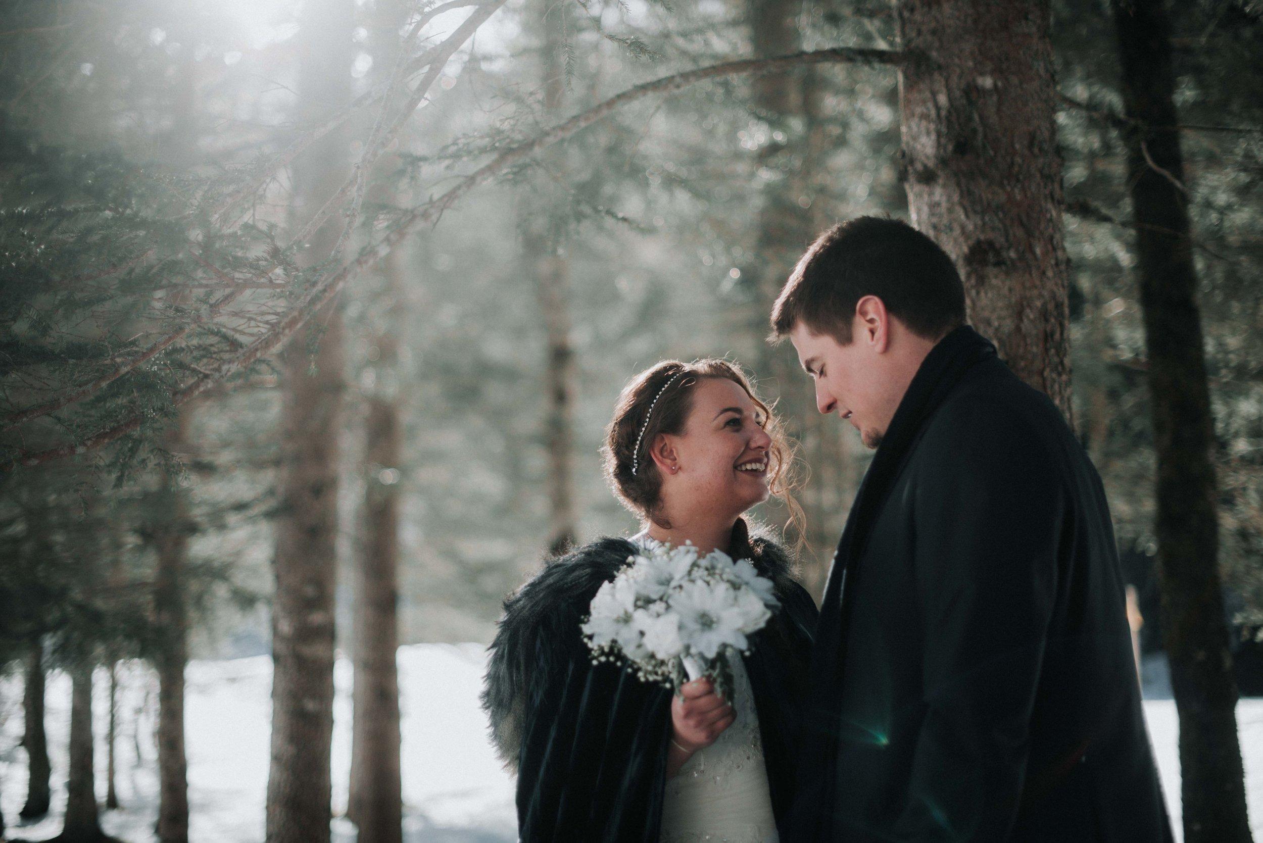 Léa-Fery-photographe-professionnel-lyon-rhone-alpes-portrait-mariage-couple-amour-lovesession-engagement-elopment-2572.jpg