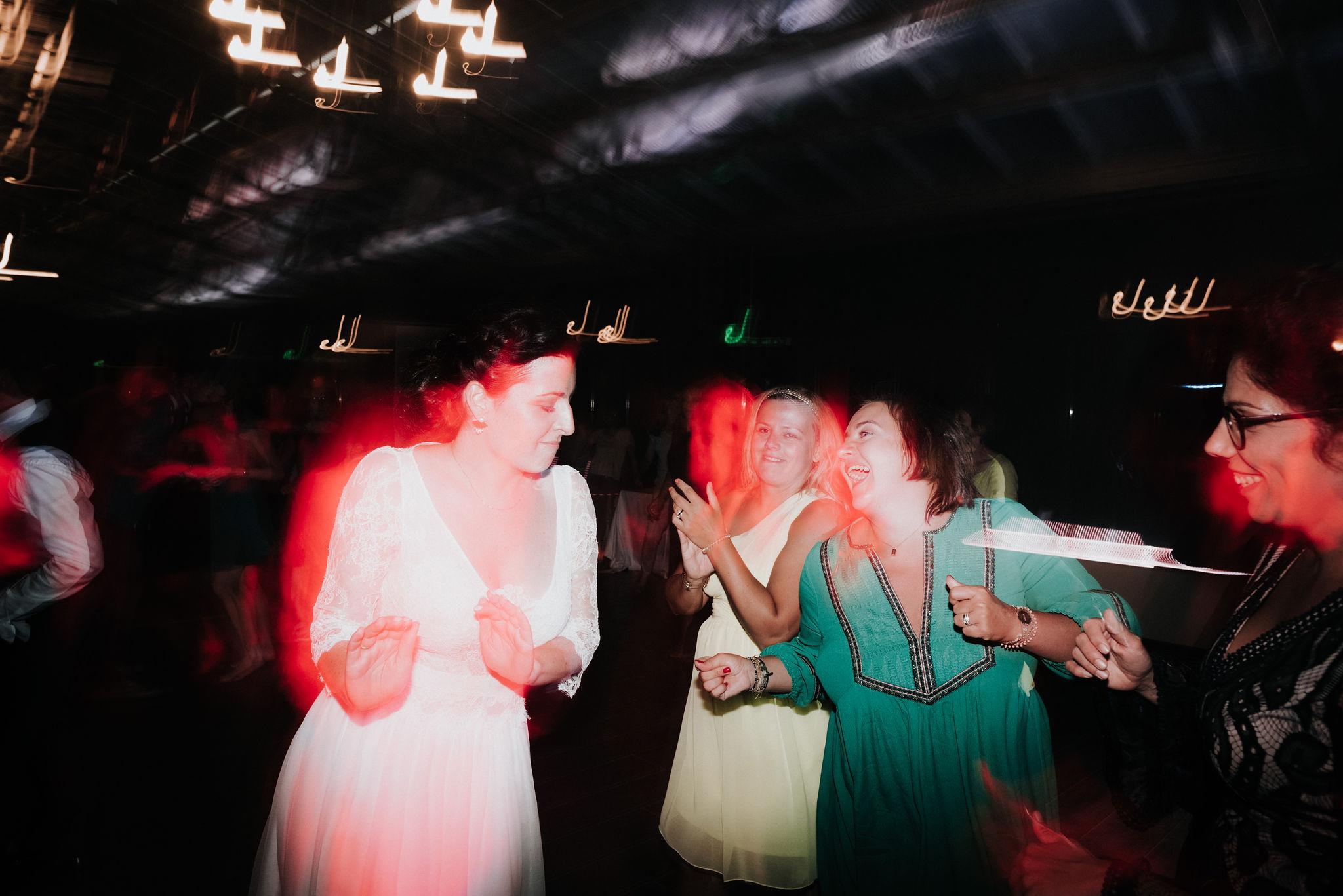 Léa-Fery-photographe-professionnel-lyon-rhone-alpes-portrait-creation-mariage-evenement-evenementiel-famille--300.jpg