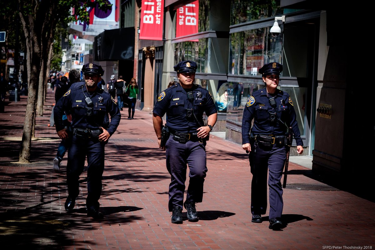 SFPD foot patrol.jpg