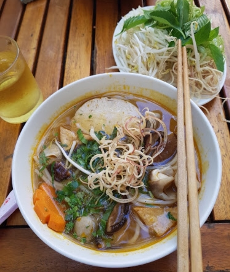 pho and ice tea.jpg
