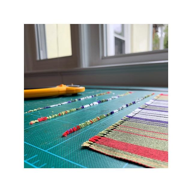 new pocket squares getting the finishing touches | I use a razor sharp rotary blade and ruler to get the fringe nice and straight 👌🏻✂️📏 • • • #zoltnerwolftextiles #handwoven #finecraft #springcollection #slowfashion #handmade #wip #studioprocess #traditionalcraft #makersmovement #americancraftsman #weaversofinstagram #customproject #silk #osullivanmaccragh #tartan #madewithlove #handweaversofinstagram