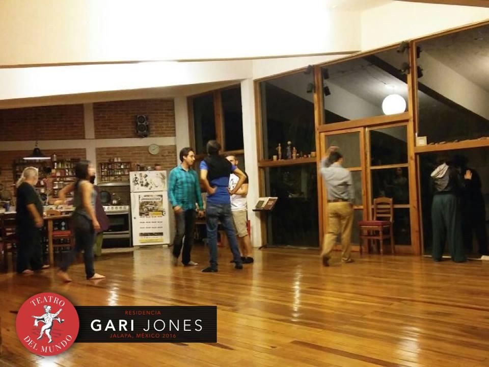 GARI JONES RESIDENCIA3.jpg