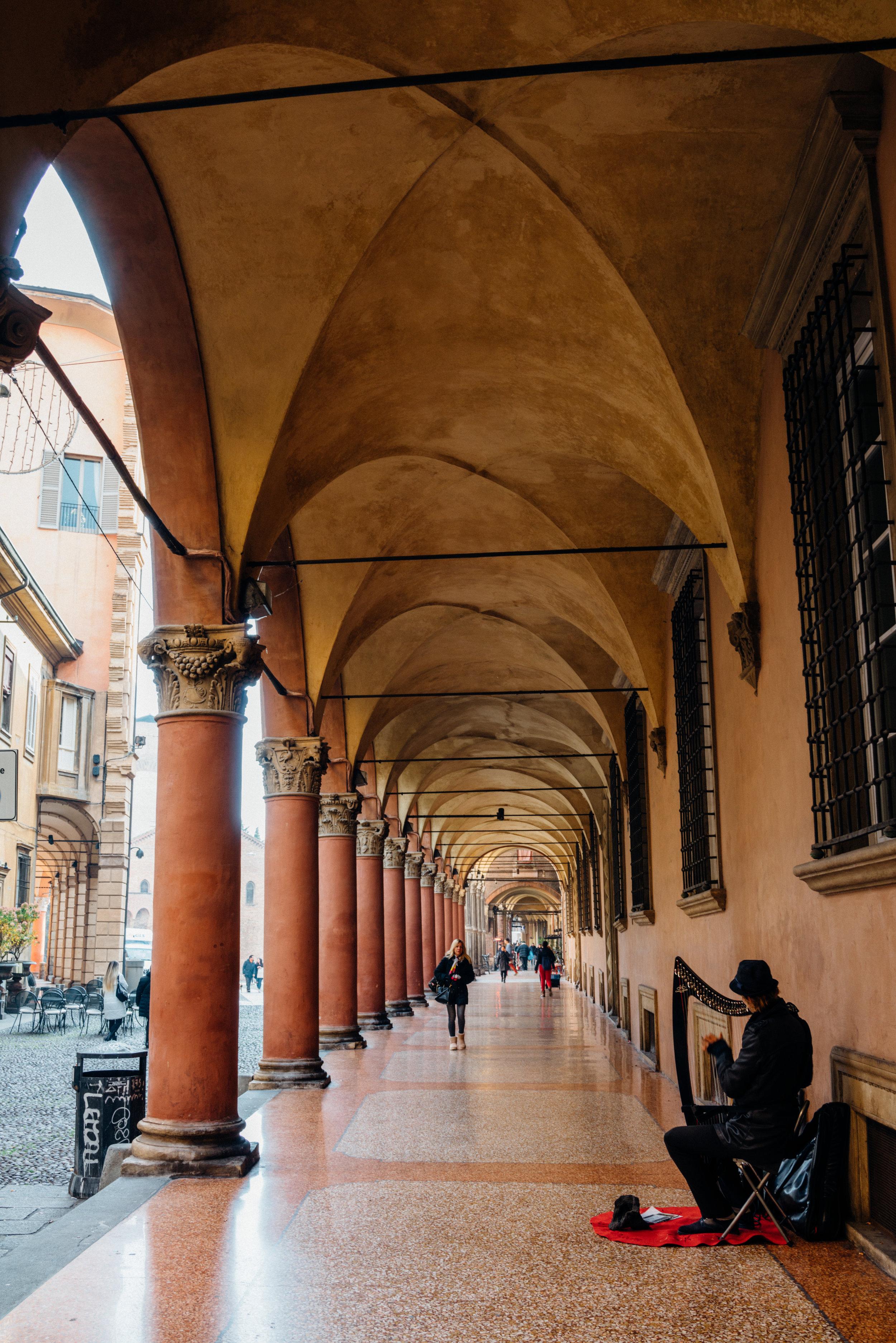 I portici in Via Santo Stefano