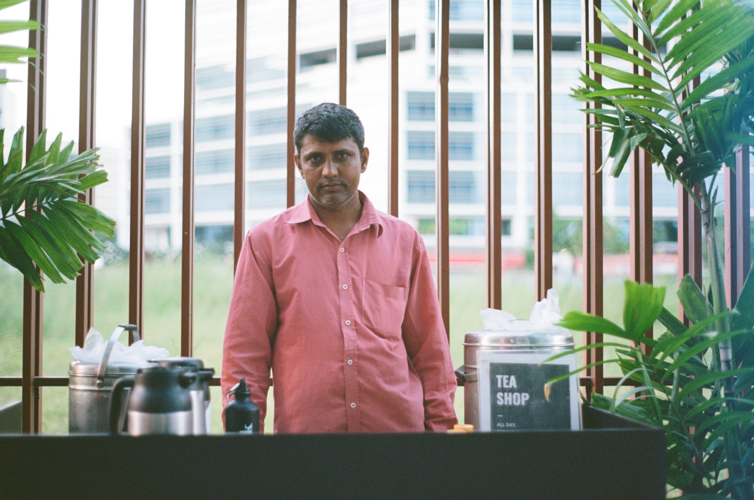 Mohammad Sikander selling tea at WeWork in Bandra Kurla Complex, Bombay