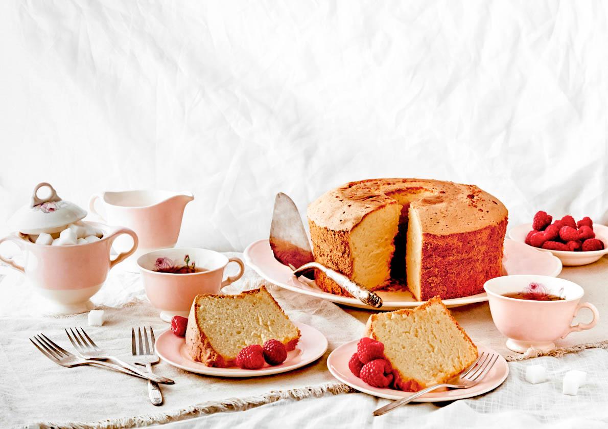 sponge-cake-tea-food-photography.jpg